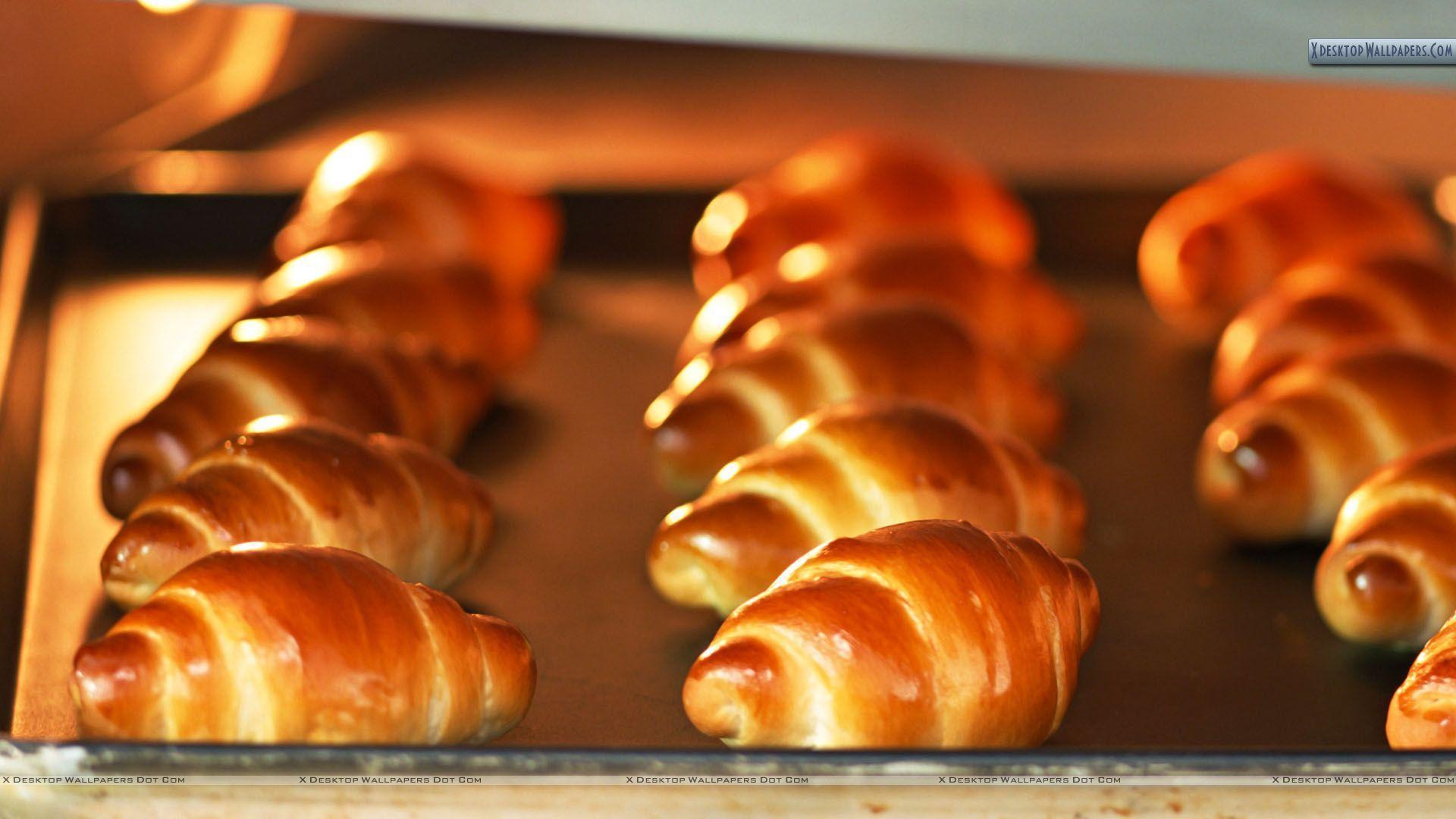 Hot Cookies Baking Wallpaper