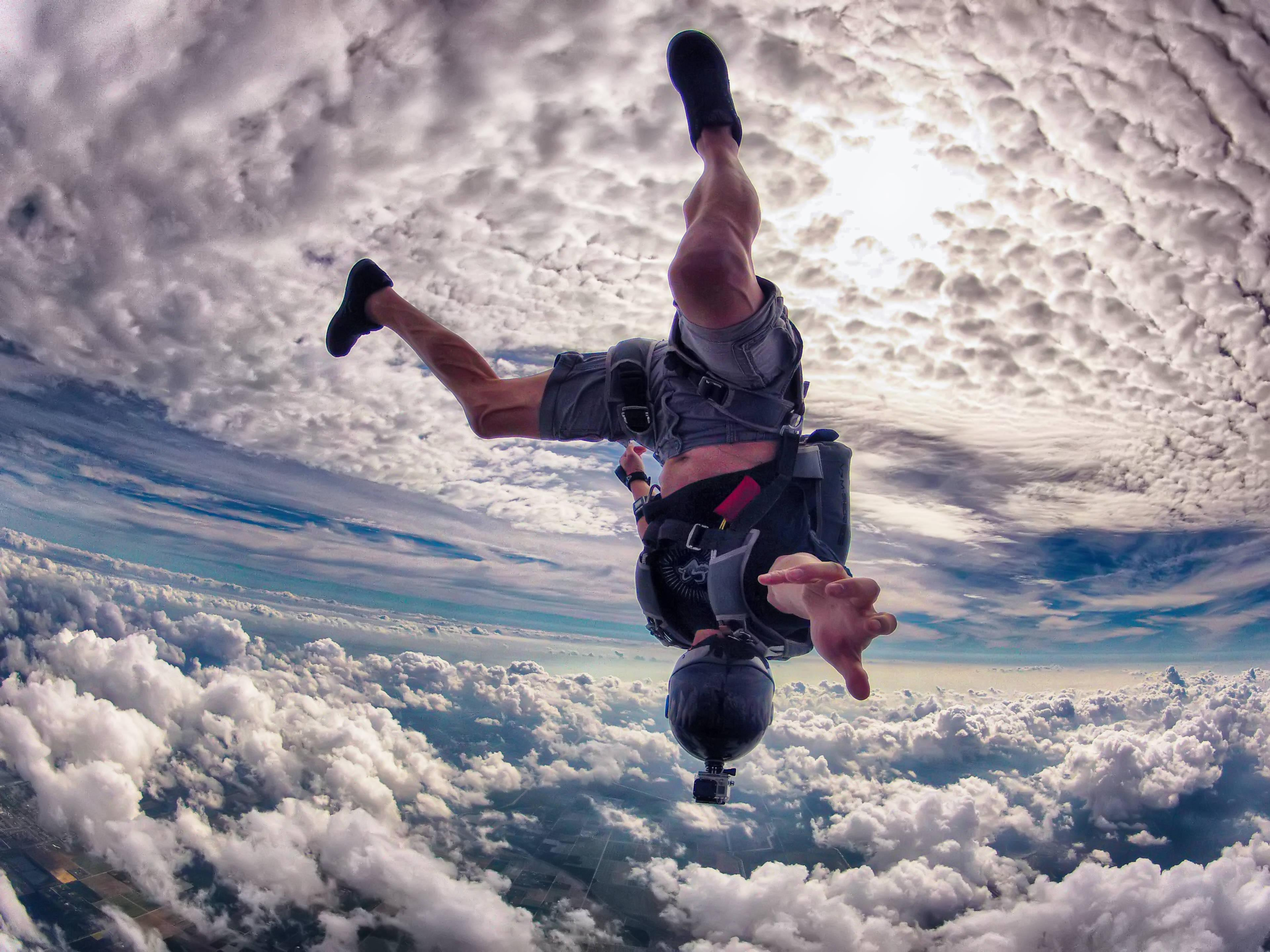64 Skydiving HD Wallpapers | Backgrounds - Wallpaper Abyss