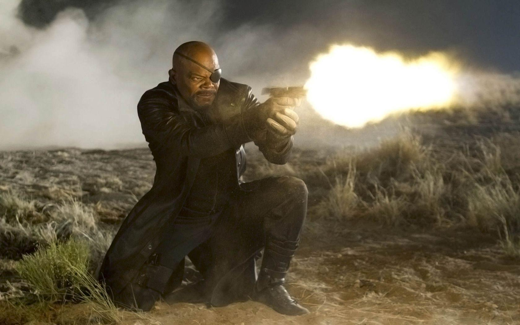 The Avengers 2012 – Samuel L Jackson as Nick Fury widescreen