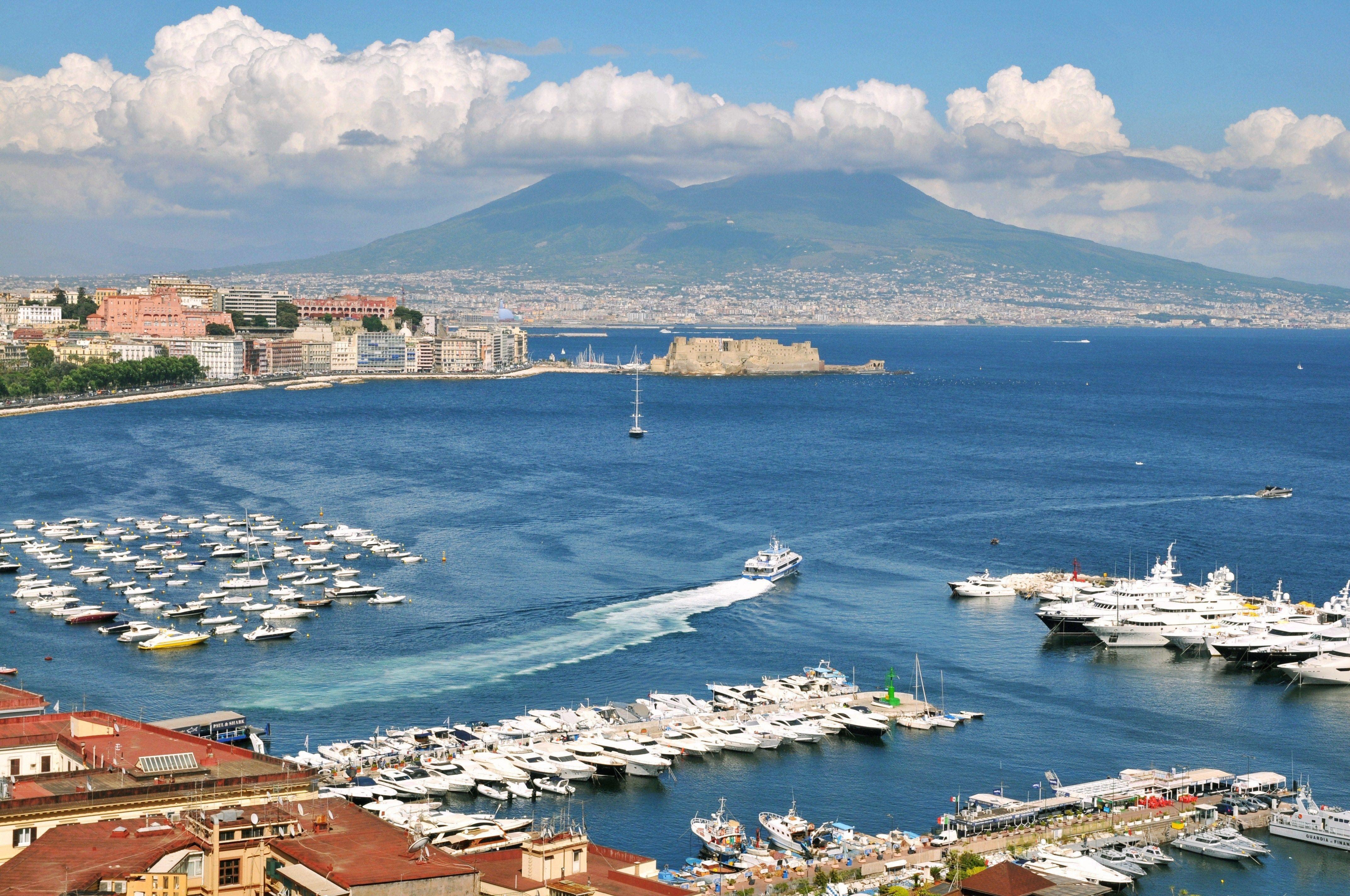 Port in Naples, Italy wallpapers and images - wallpapers, pictures ...