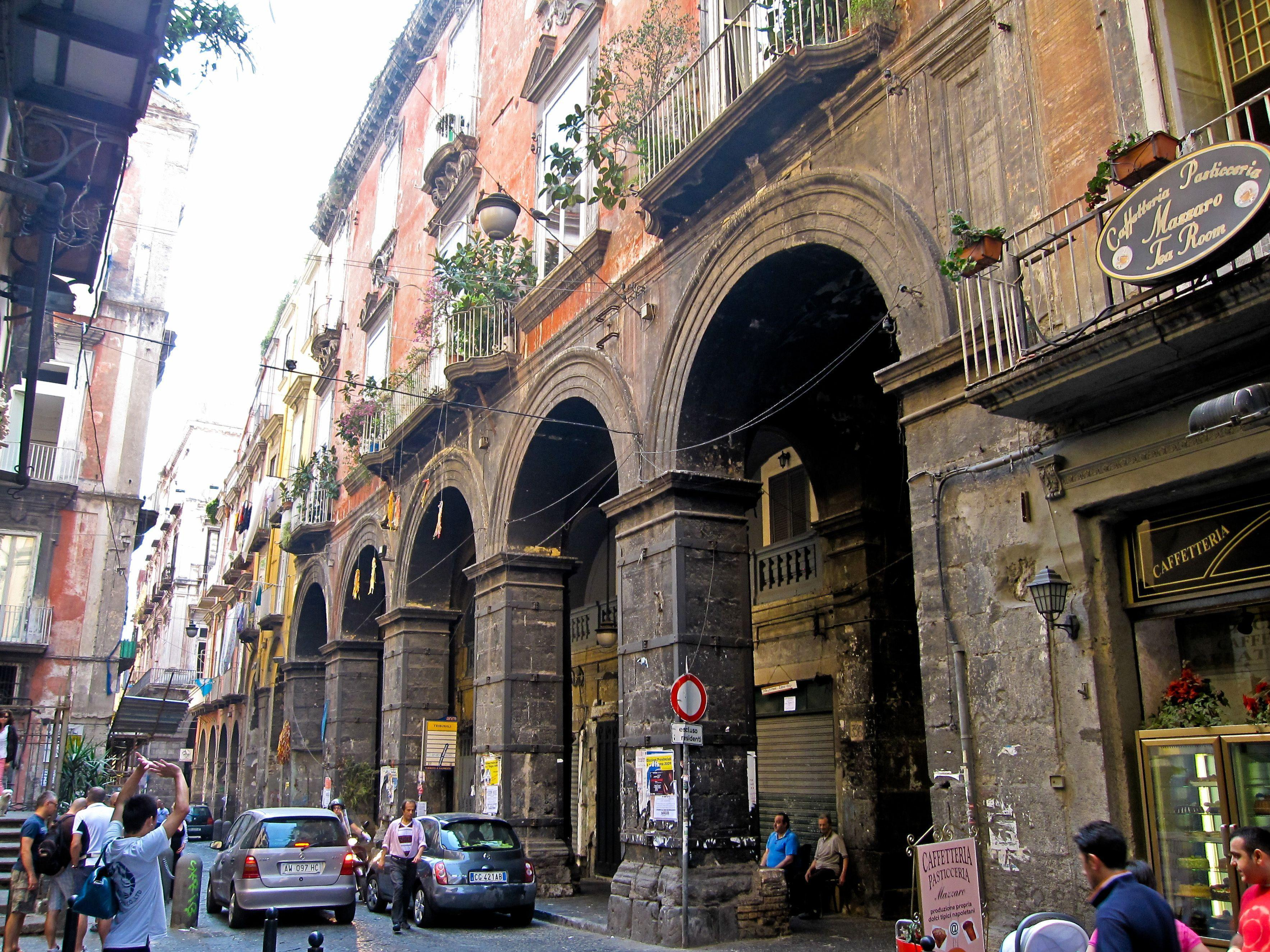 A walk through the ancient streets in Naples, Italy wallpapers and ...