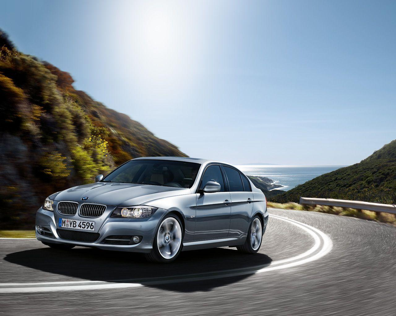 Wallpapers: 2009 BMW 3 Series Sedan and Touring