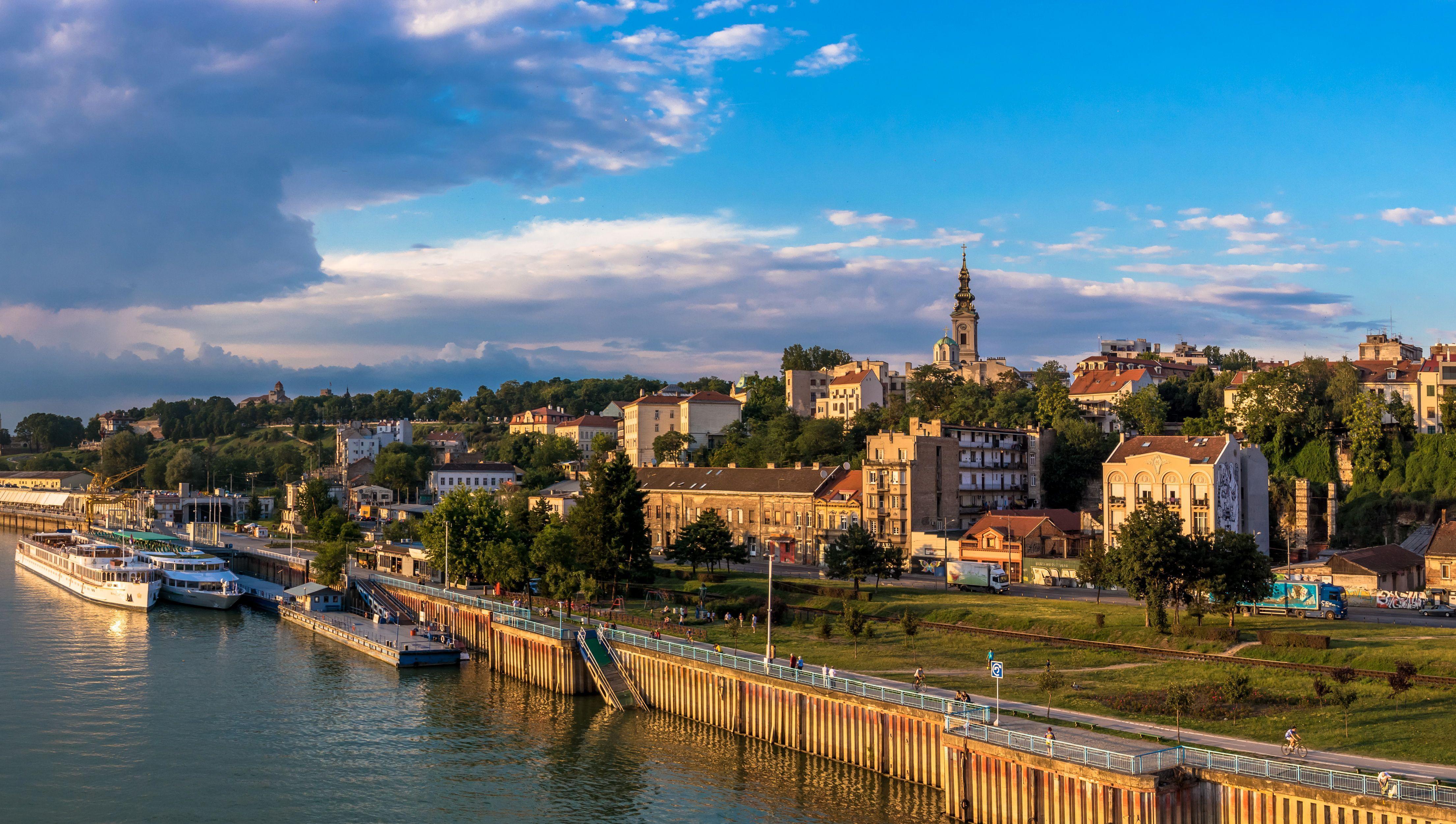 Photos Serbia Belgrade Sky Berth Rivers Cities Houses 4420x2500