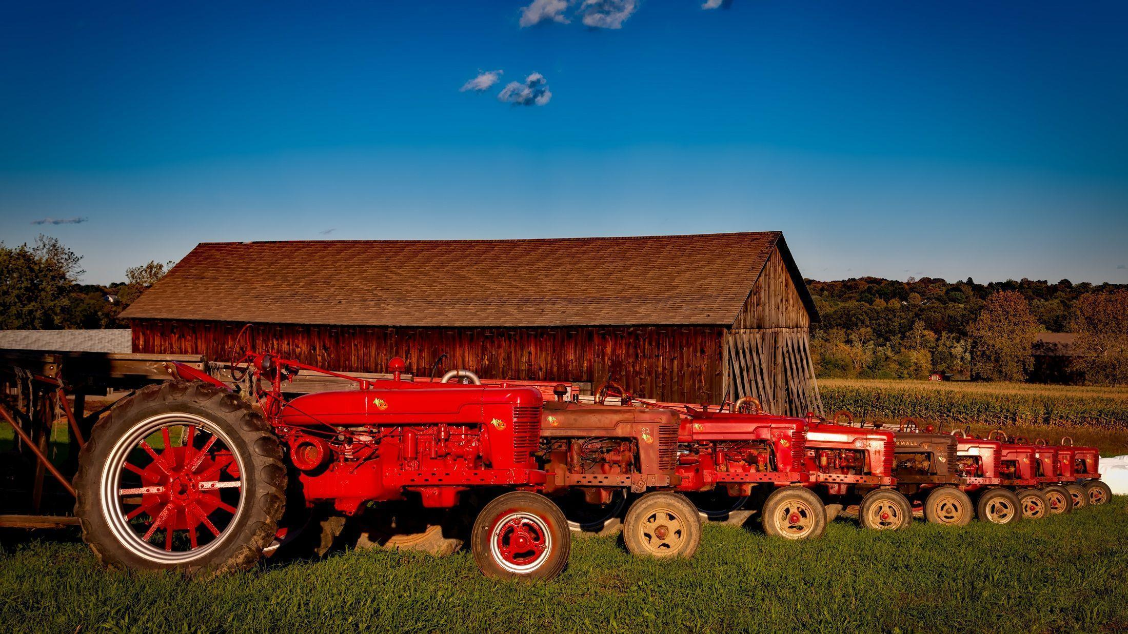 12 Tractors HD Wallpapers | Backgrounds - Wallpaper Abyss