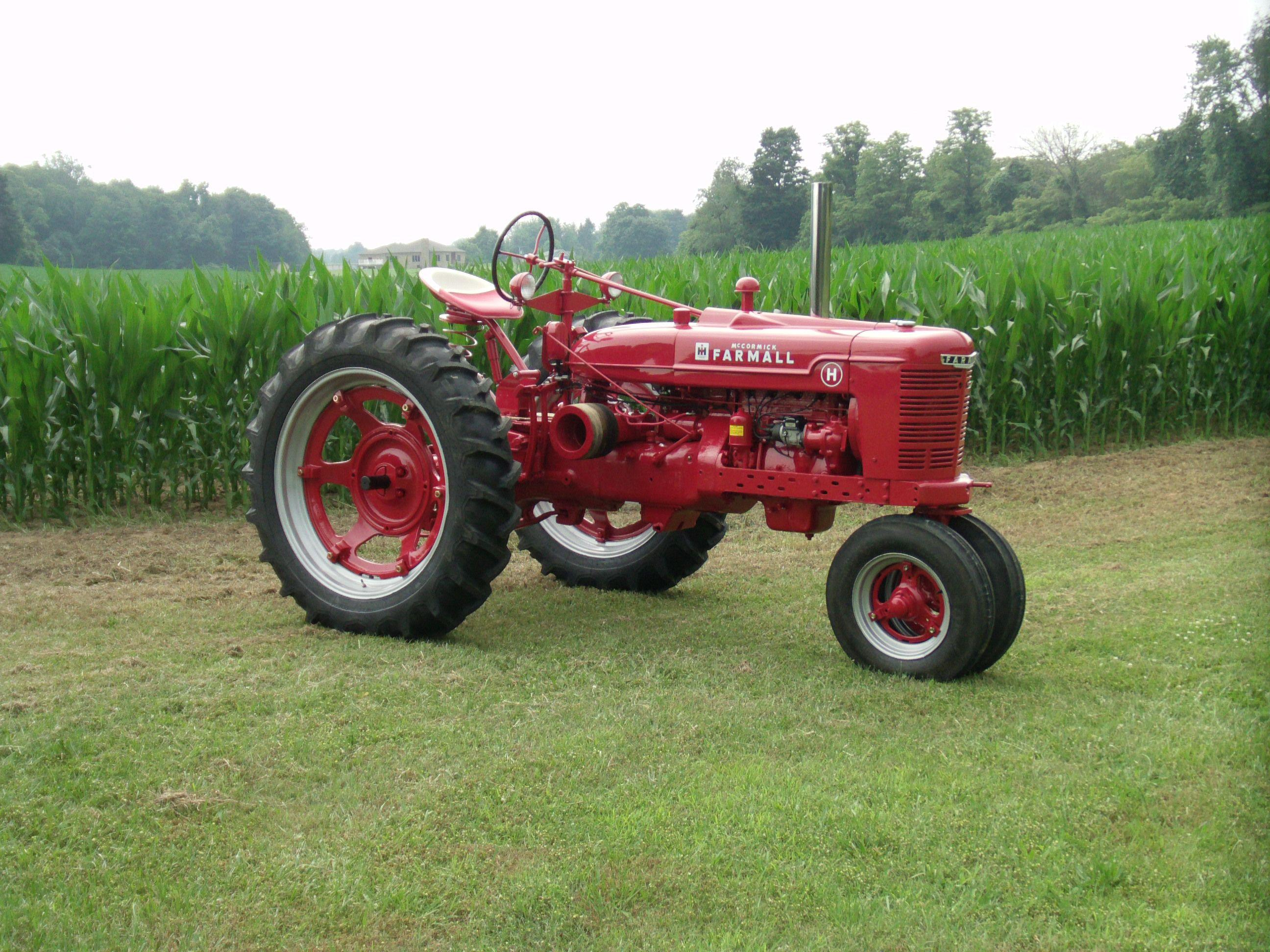 195 best images about Farmall Tractors on Pinterest | Old tractors ...