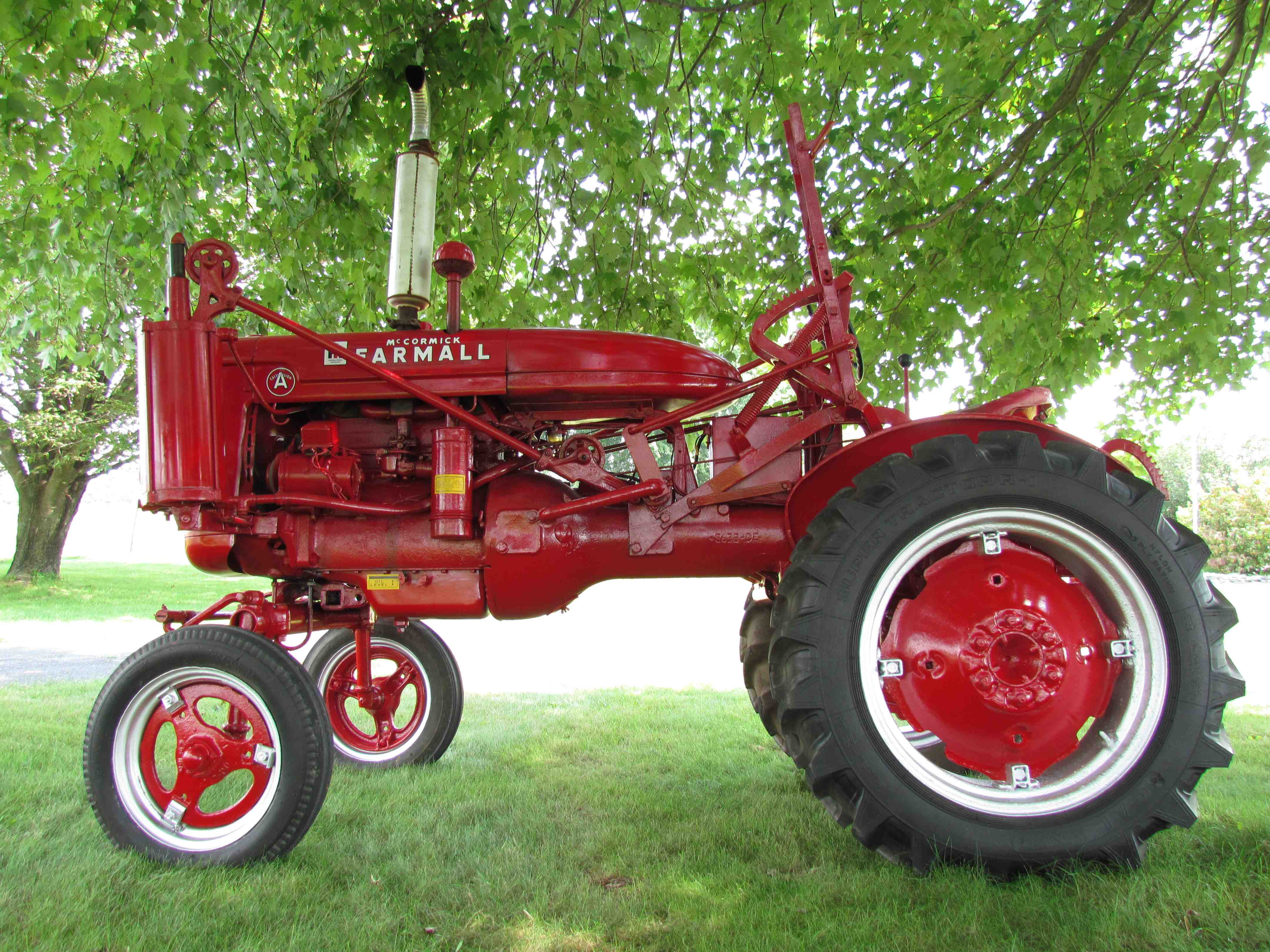 The Farmall Pneumatic Lift-All | Old Paths Equipment