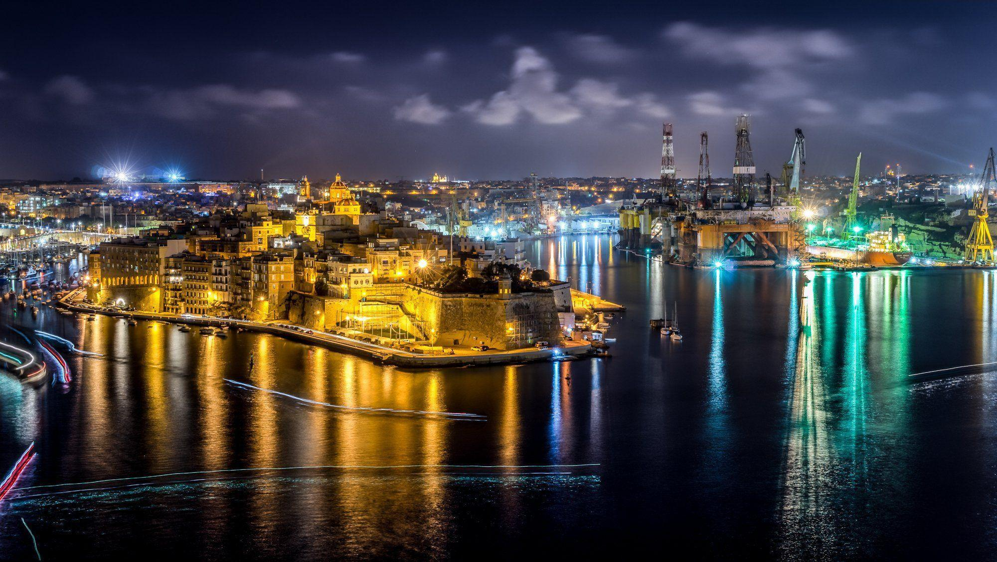 Malta Houses Rivers Marinas Night Street lights Cospicua Cities ...
