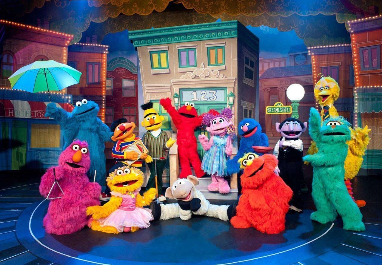 Sesame Street Background 10