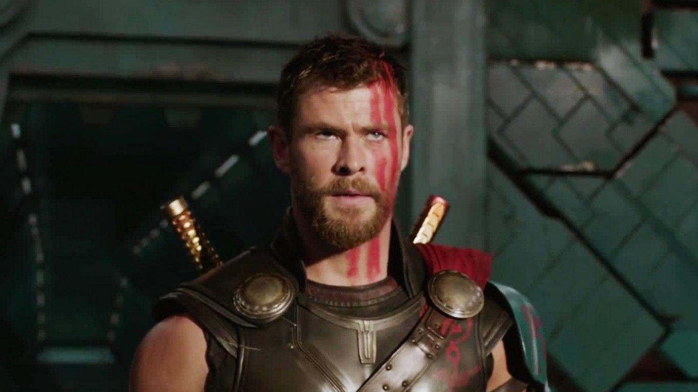 Chris Hemsworth In Thor Ragnarok 2017 Wallpaper 16171 - Baltana