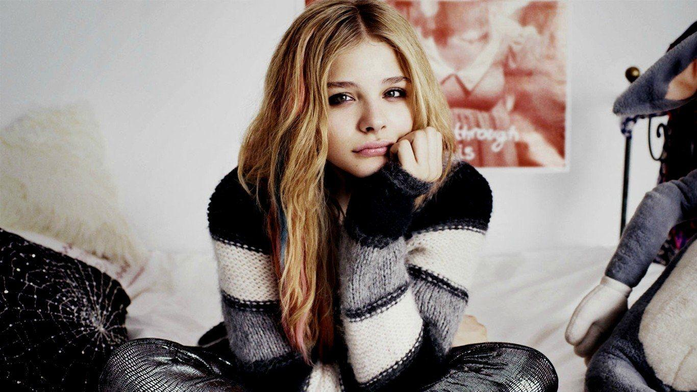 509 Chloë Grace Moretz HD Wallpapers