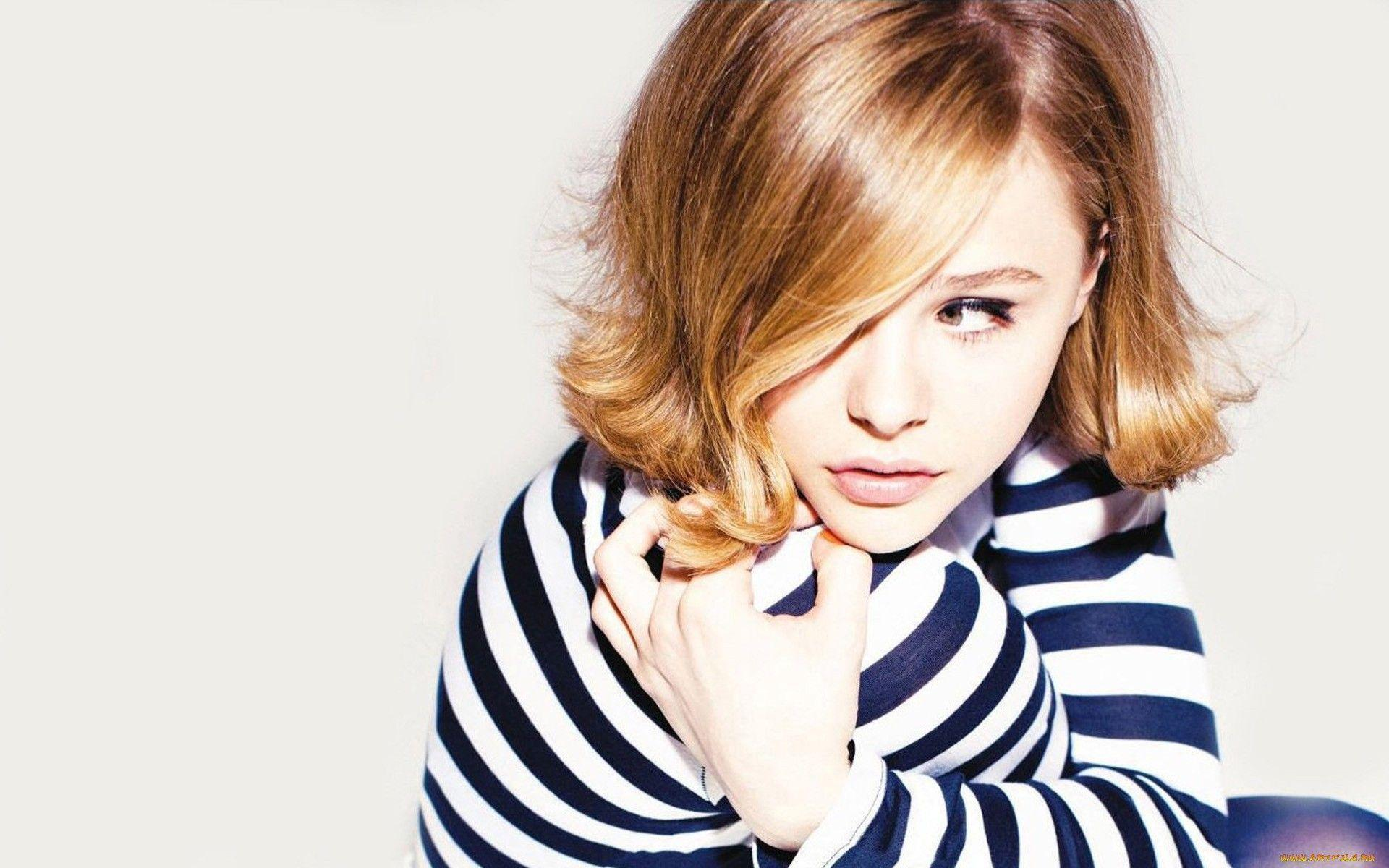 Grace Moretz HD Wallpapers for desktop download