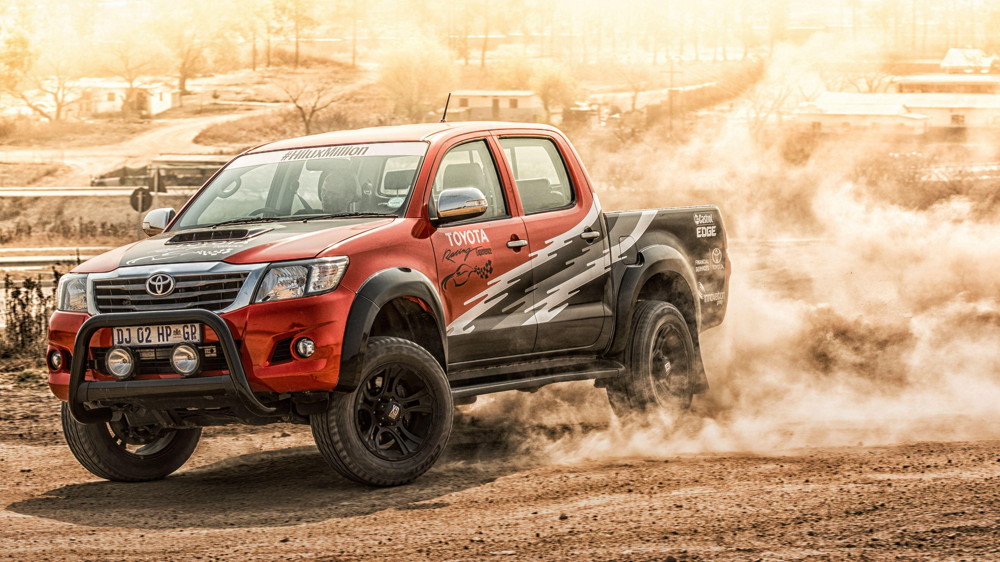 Toyota Hilux 2015 Wallpapers