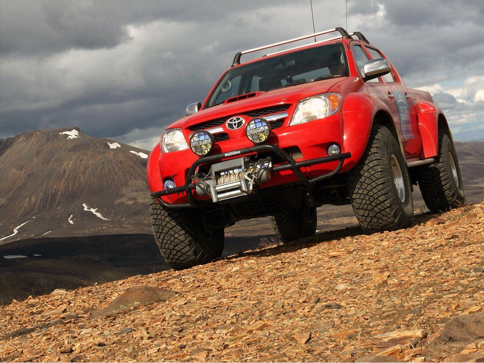 2010 Toyota Hilux Wallpapers