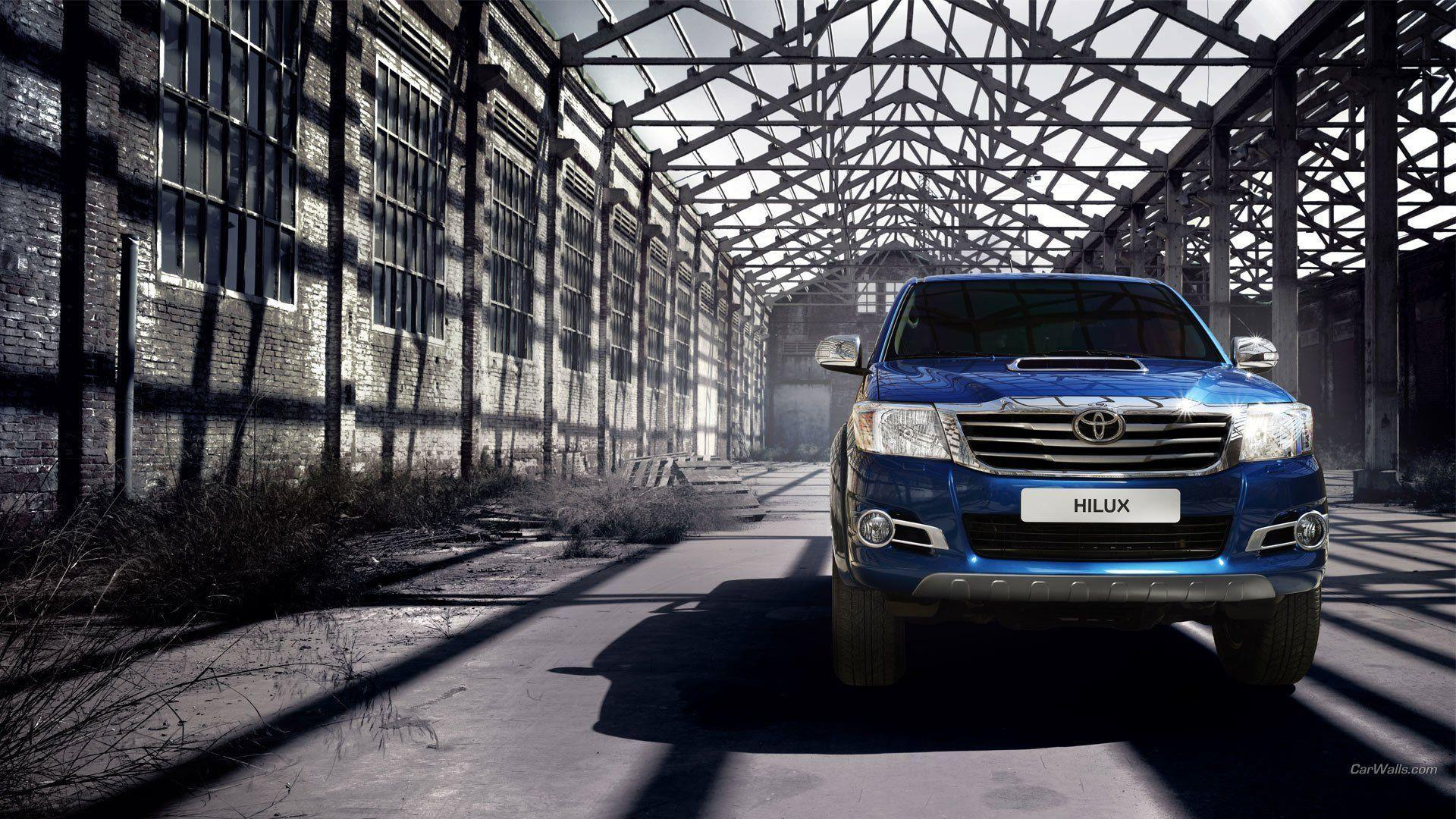 9 2014 Toyota Hilux Invincible HD Wallpapers