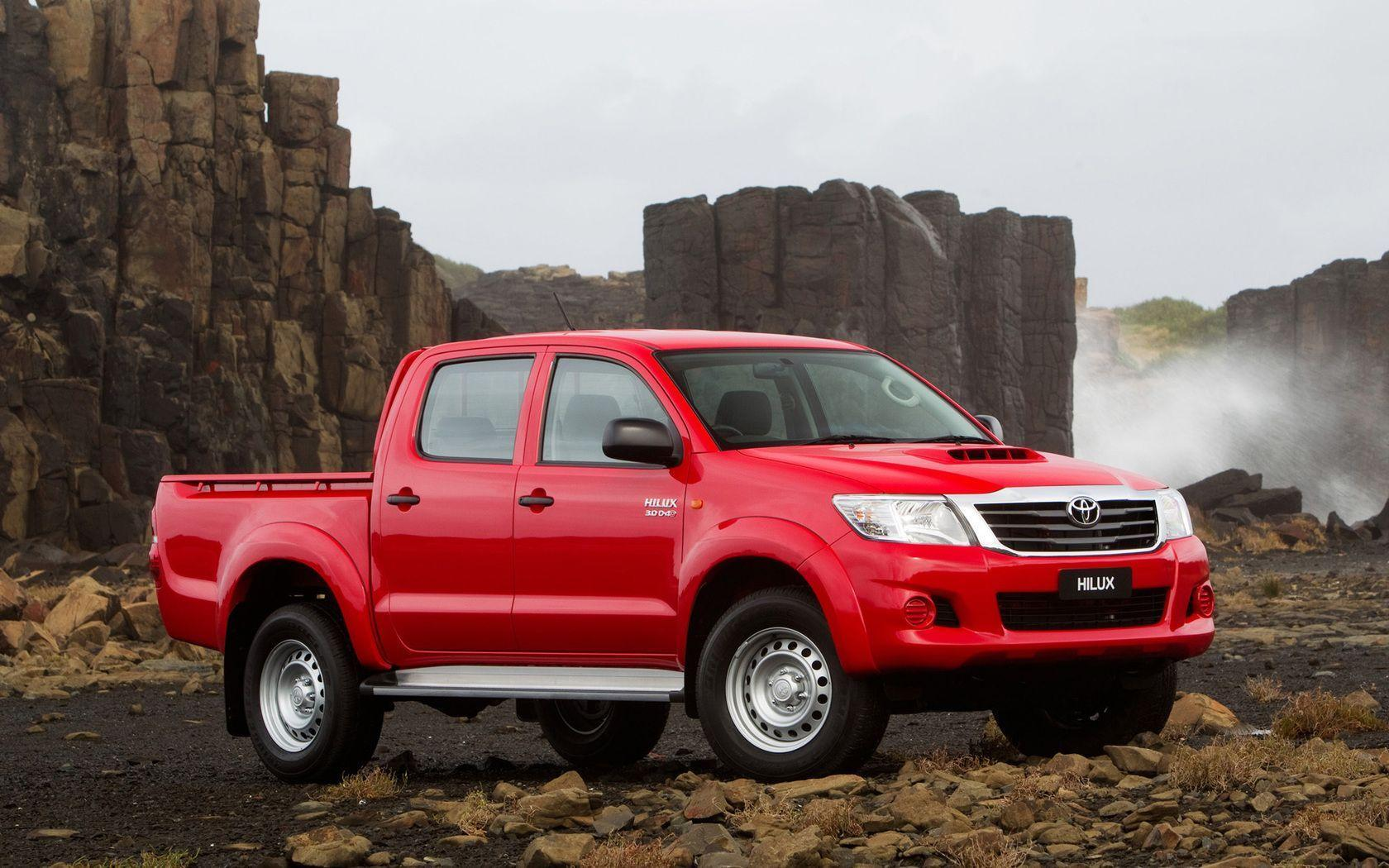 Toyota Hilux SR5 (2011) wallpapers