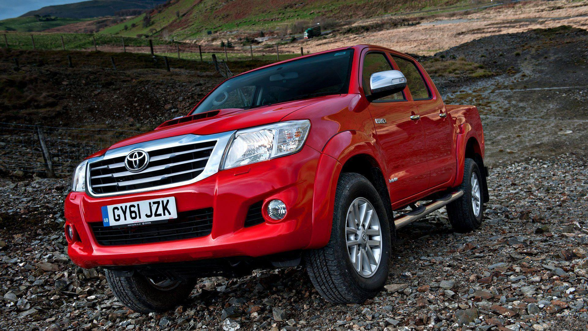 Toyota Hilux 2012 Wallpapers