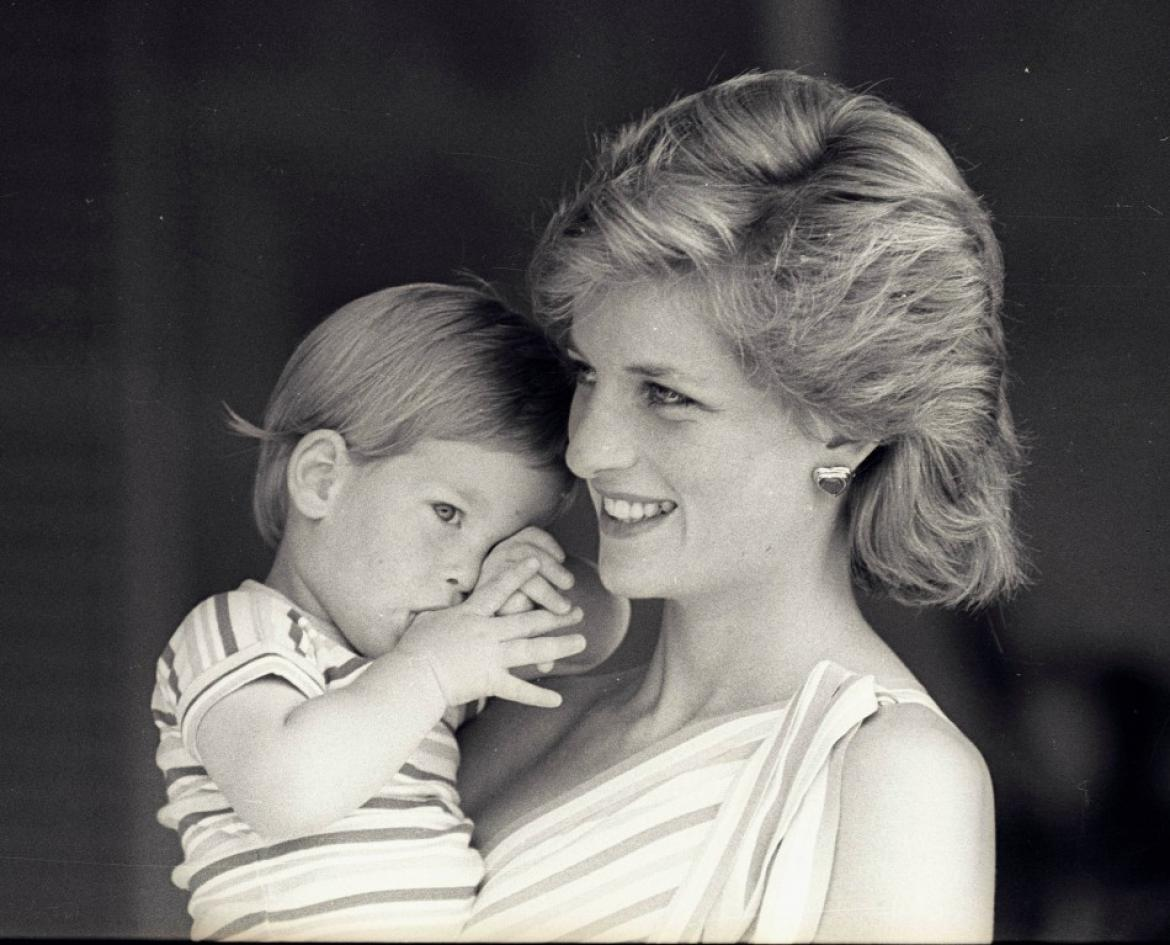 Why Poor Princess Diana could never do this for Prince Charles