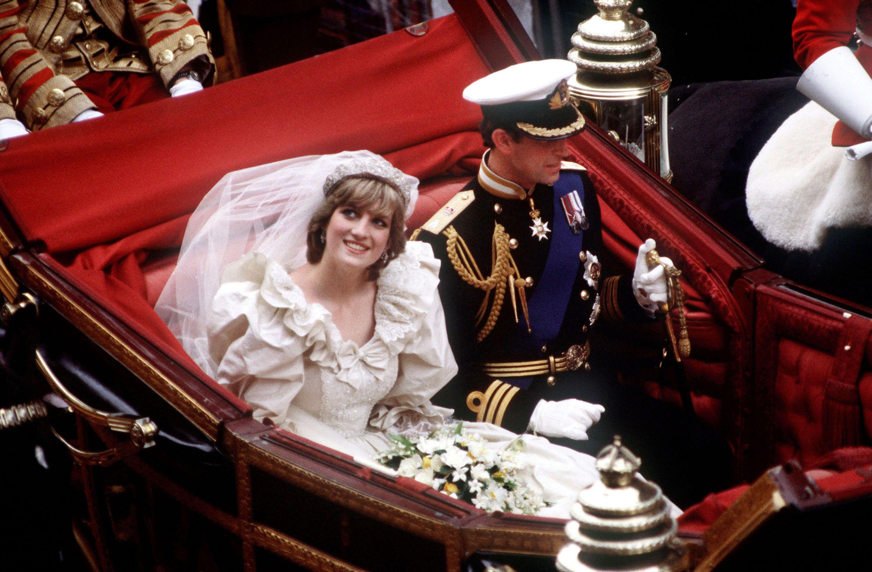 Princess Diana Wallpapers Images Photos Pictures Backgrounds