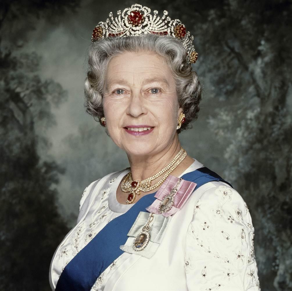 Queen Elizabeth Wallpapers - Wallpaper Cave