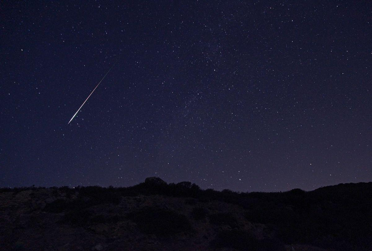 Perseid Meteor Shower 2014 - wallpaper.