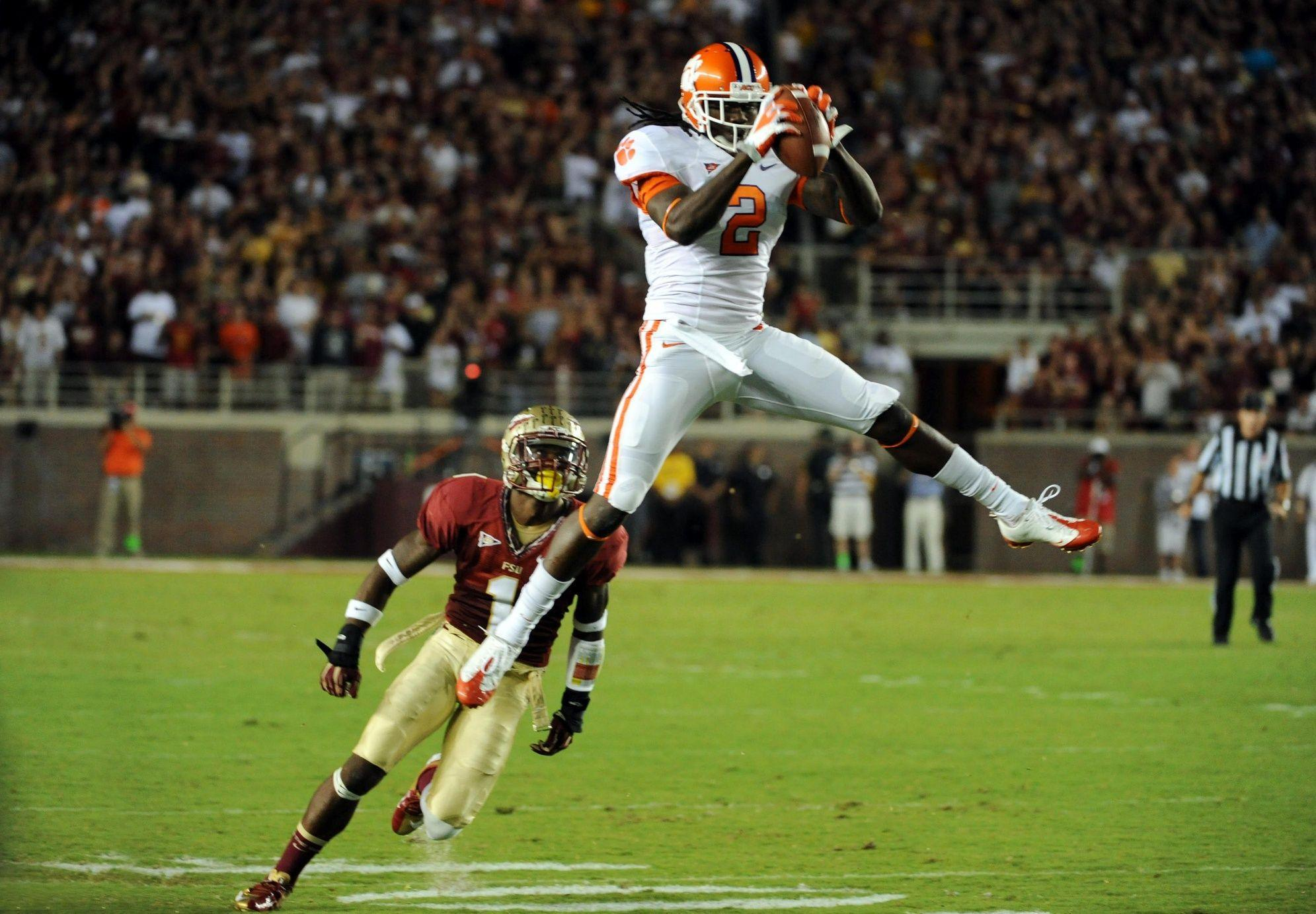 2014 NFL Mock Draft: Tampa Bay Buccaneers Select... - Behind the ...