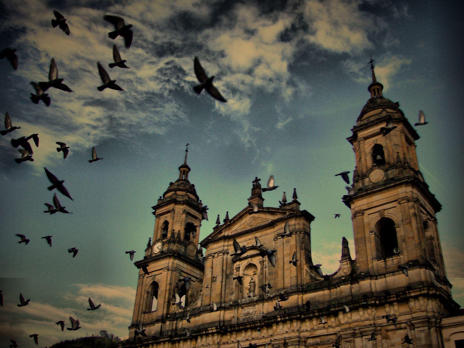 Introduction to the history of Bogota | The Colombia Travel Guide