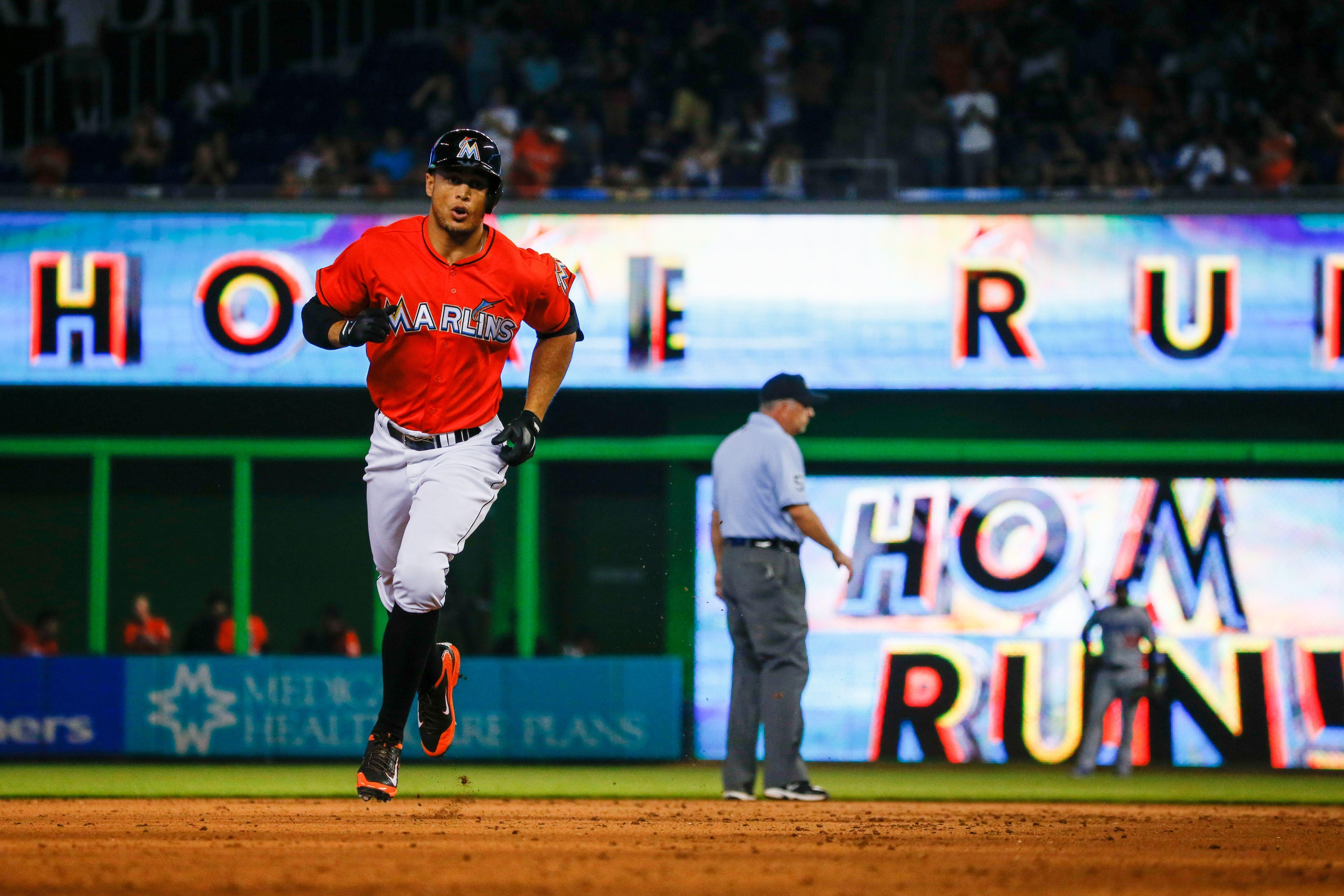 Giancarlo Stanton Trade Rumors: Outfielder Unhappy In Miami ...