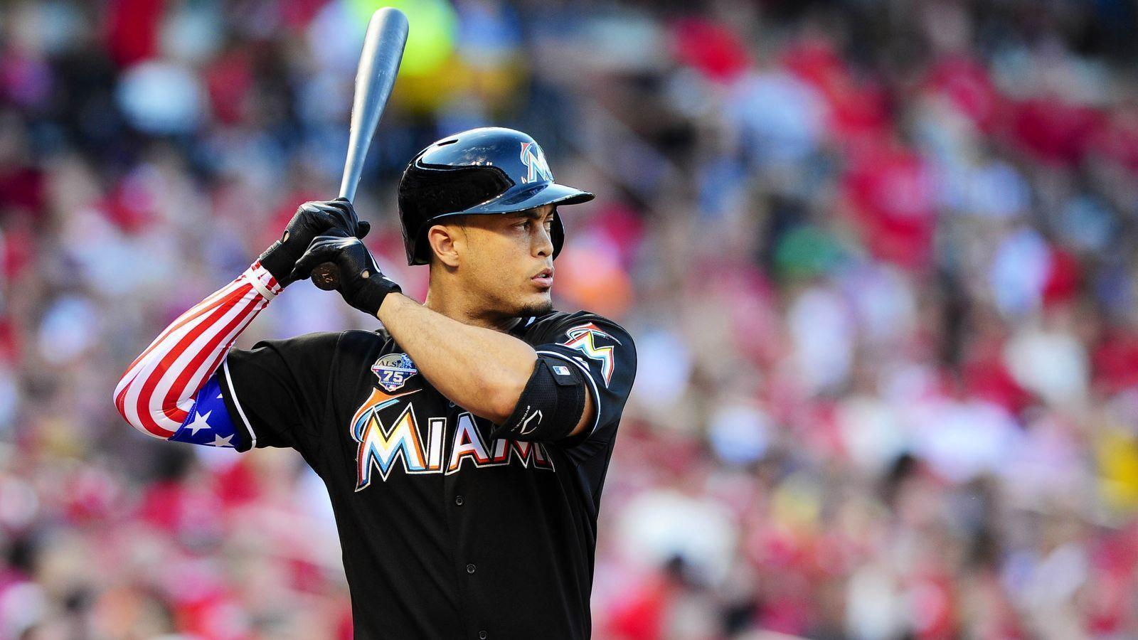 Giancarlo Stanton to test out protective face guard in Spring ...