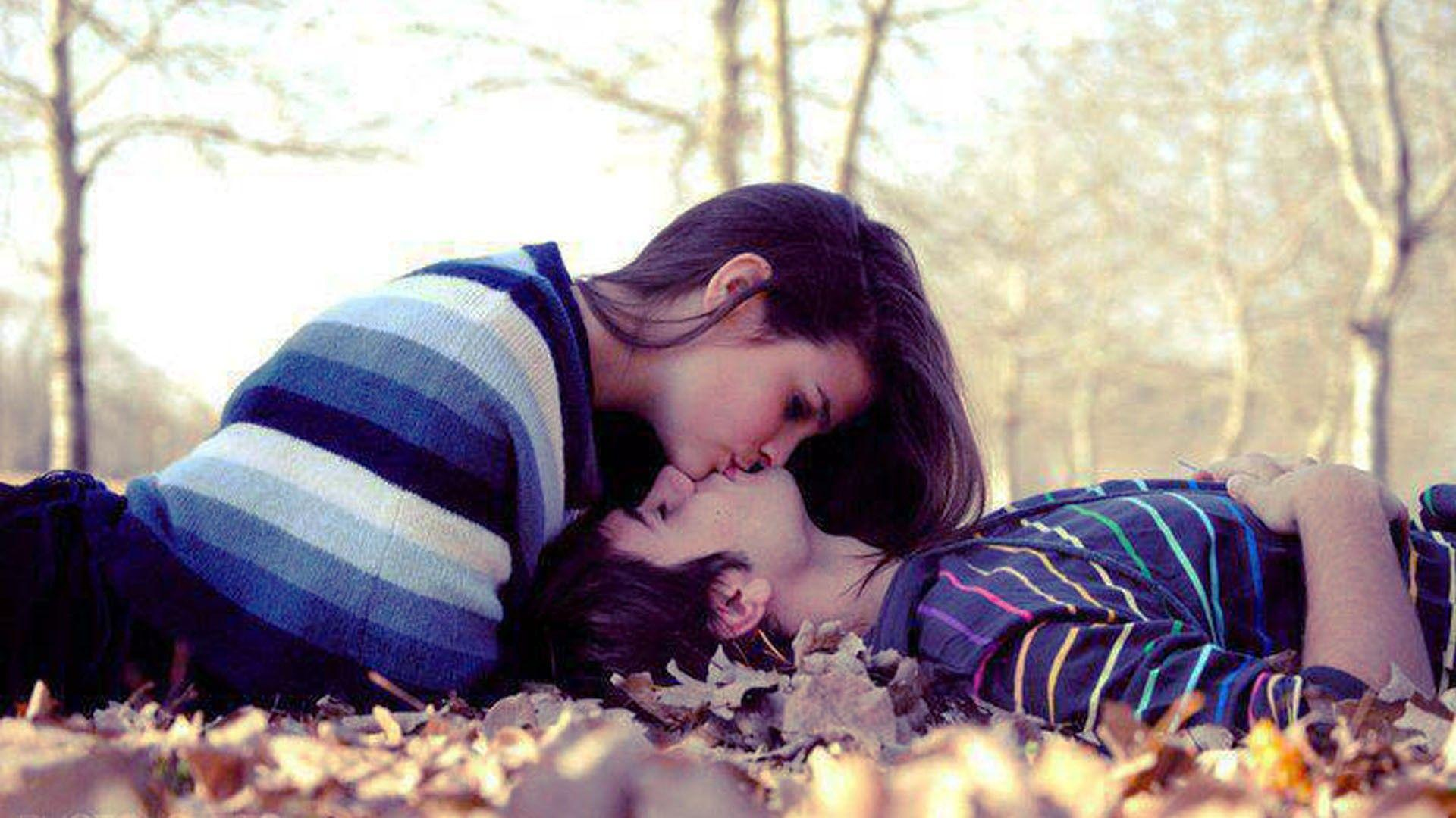 Romantic Love Couple Hd Wallpapers Wallpaper Cave