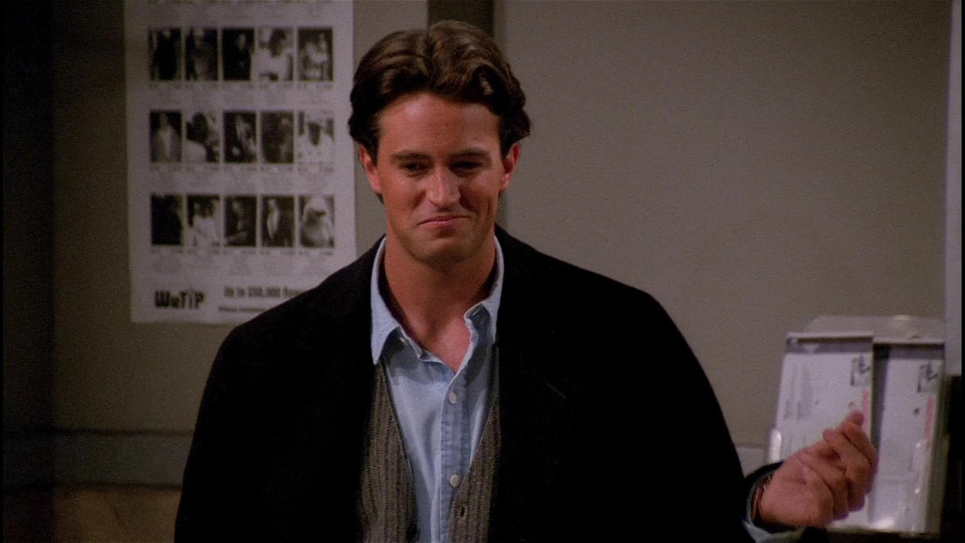 Chandler Bing Wallpapers