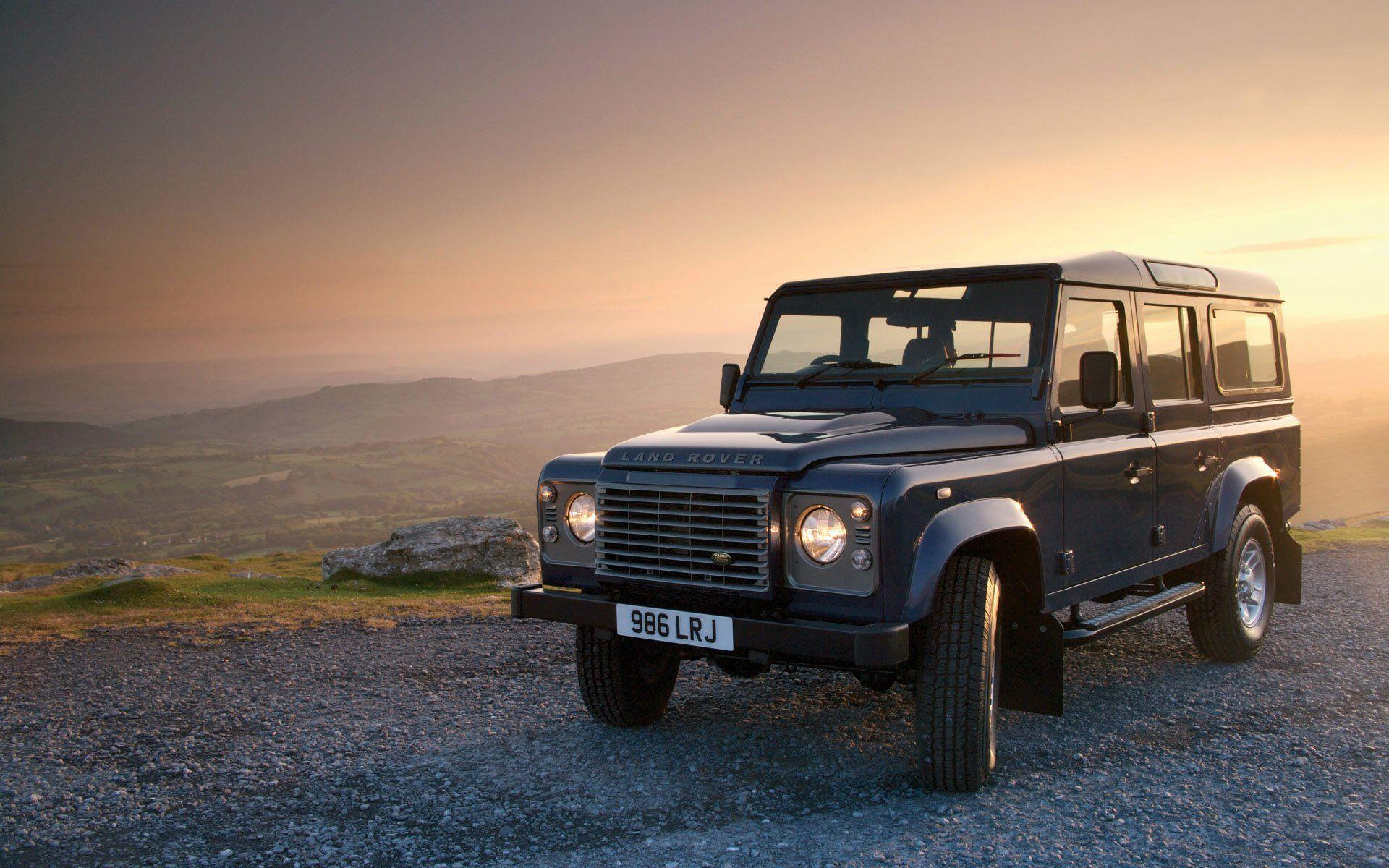 36 Land Rover Defender HD Wallpapers