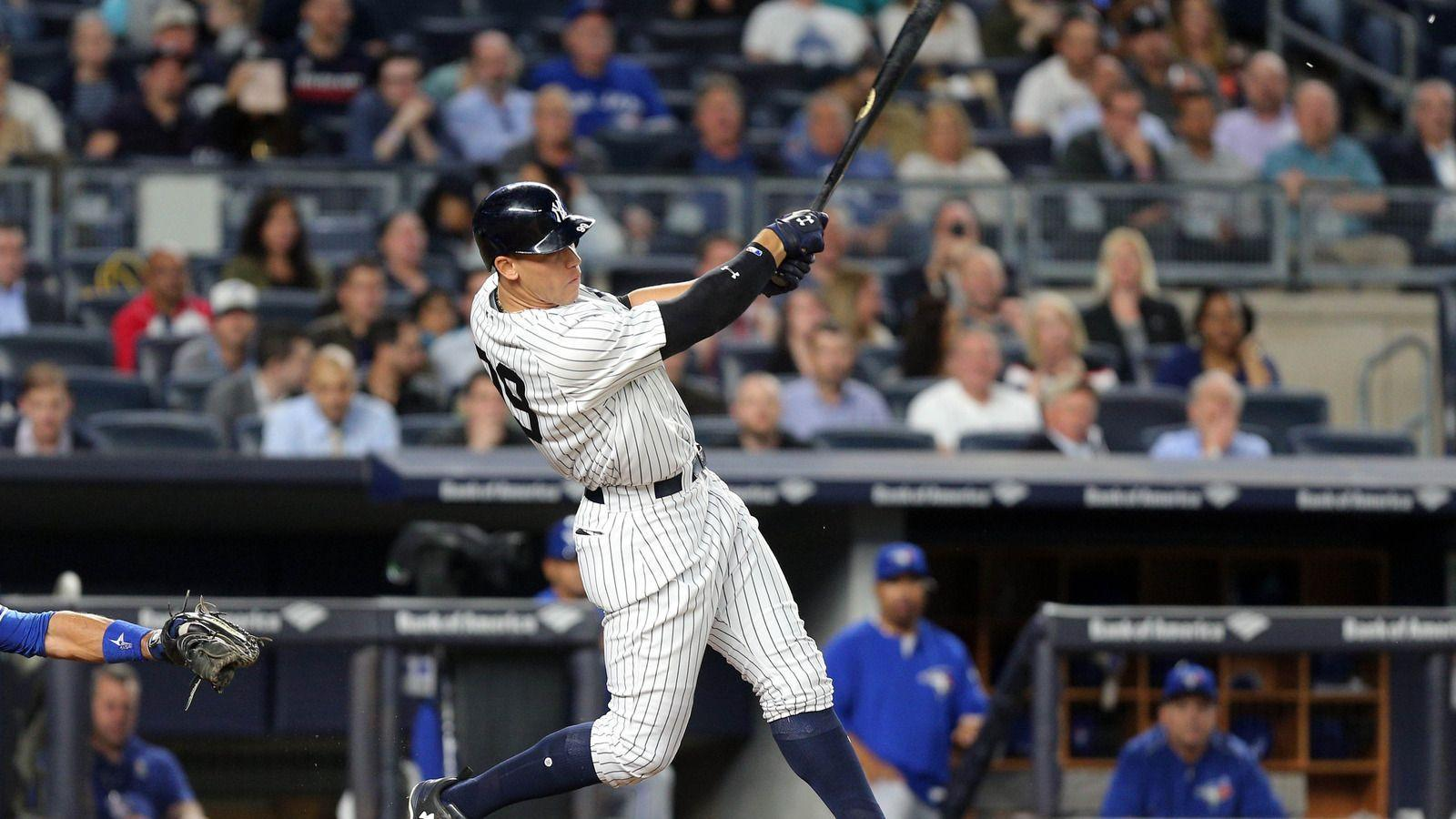Aaron Judge accidentally destroys TV in Yankees' outfield during