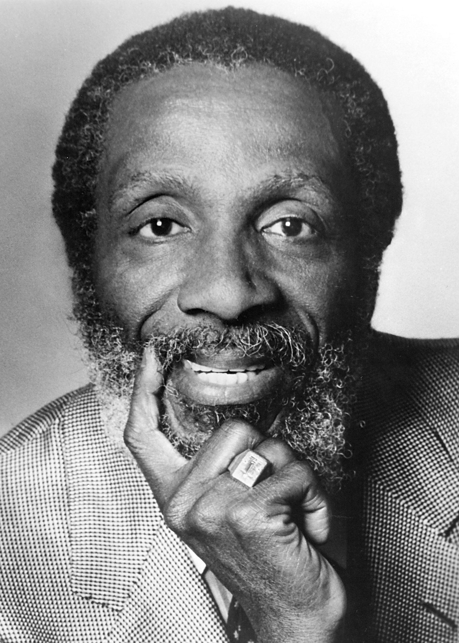 Dick Gregory, Groundbreaking Comedian And Activist Who Ran For Chicago Mayor, Dies