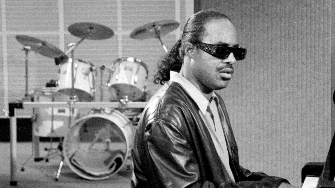 Stevie Wonder image Stevie Wonder HD wallpapers and backgrounds