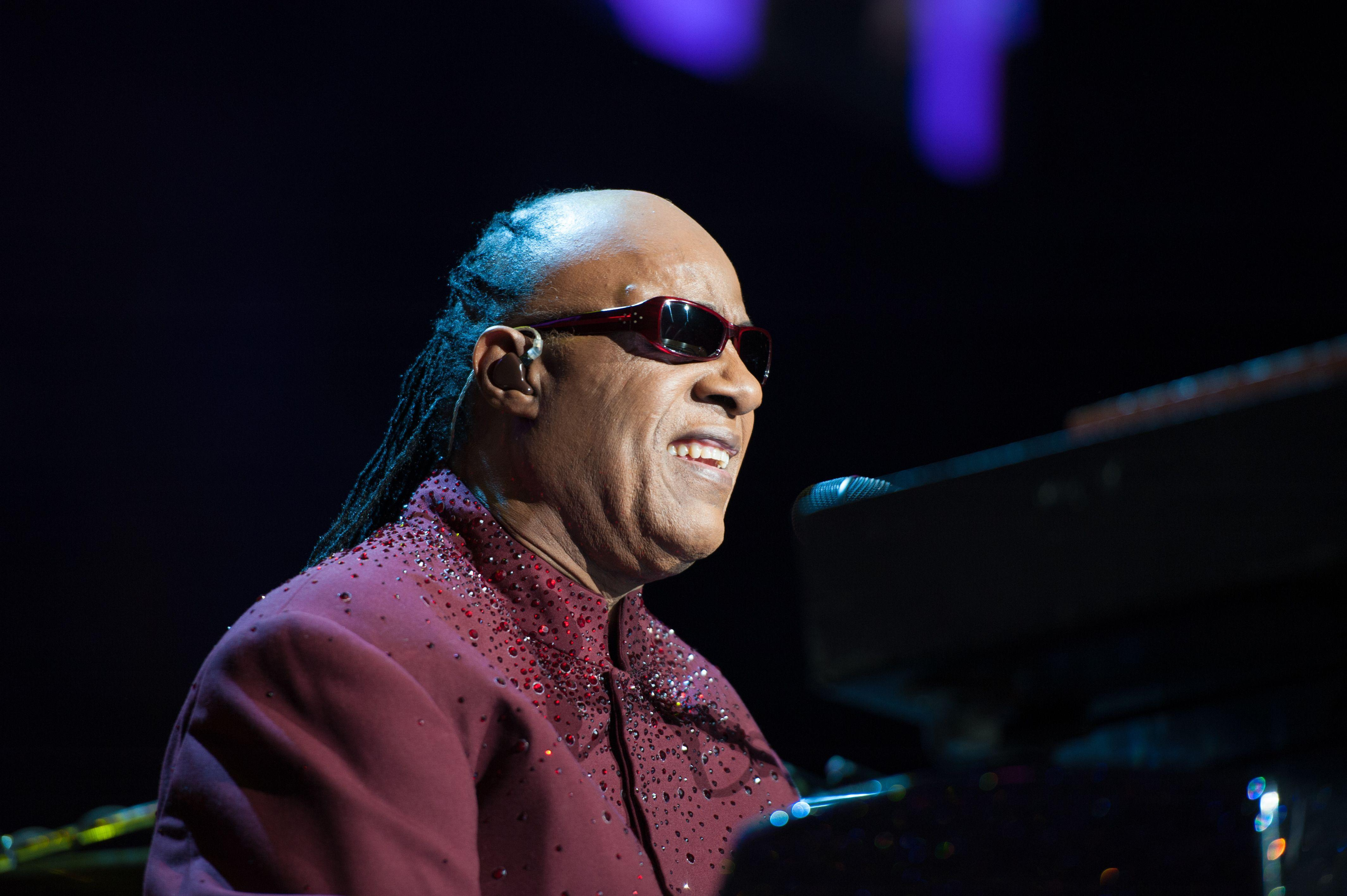 Stevie Wonder Wallpapers Archives