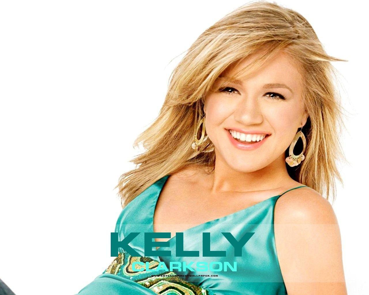Hot Woman Wallpapers: Kelly Clarkson Wallpapers Pack 3