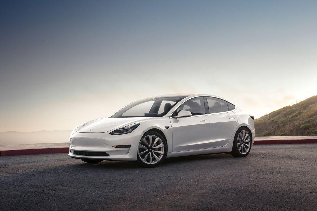 The Tesla Model 3 should have a heads