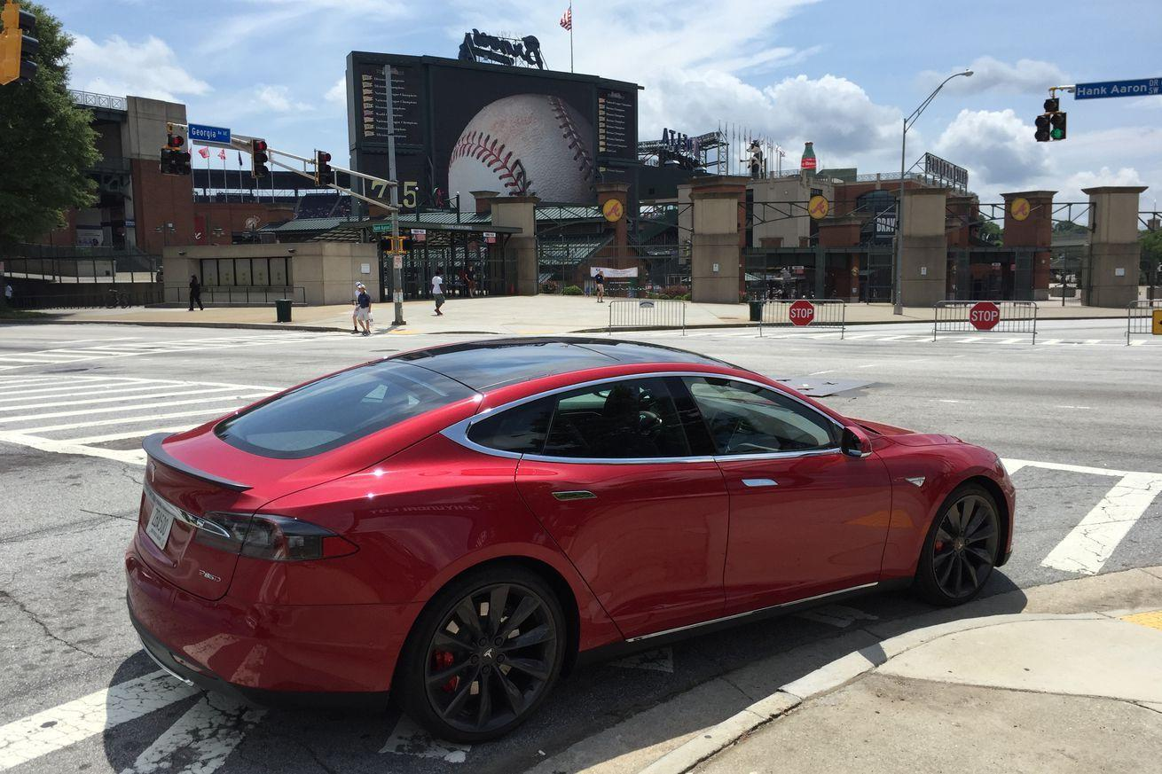 Can a Tesla survive a weekend of tailgating?