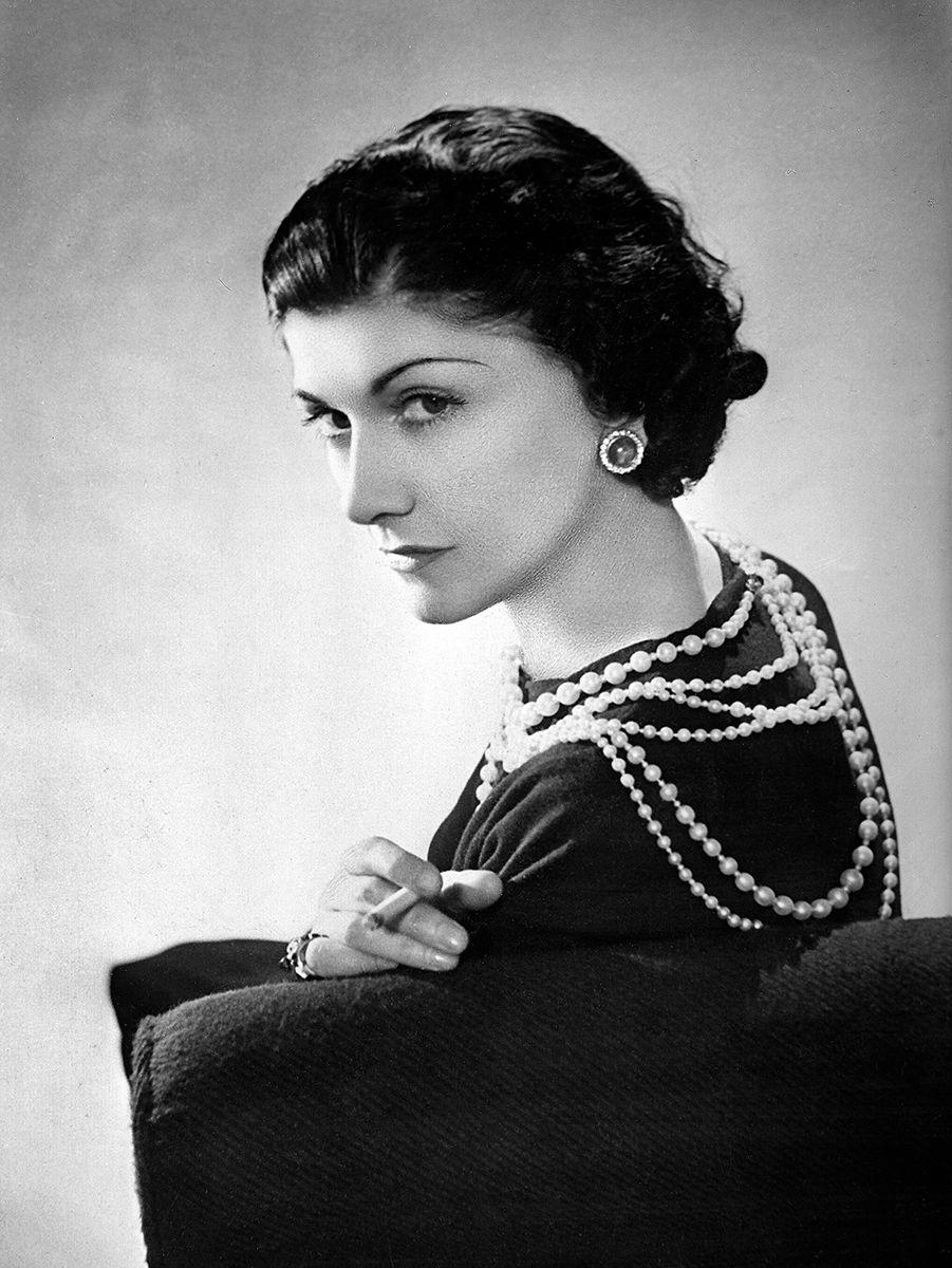 Coco Chanel Wallpapers Group