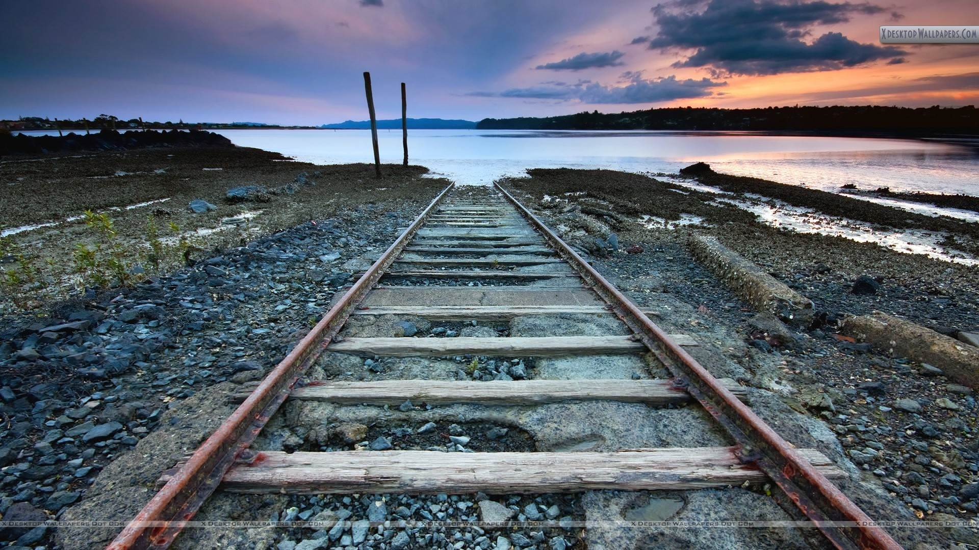 Railway Tracks Wallpapers, Photos & Image in HD