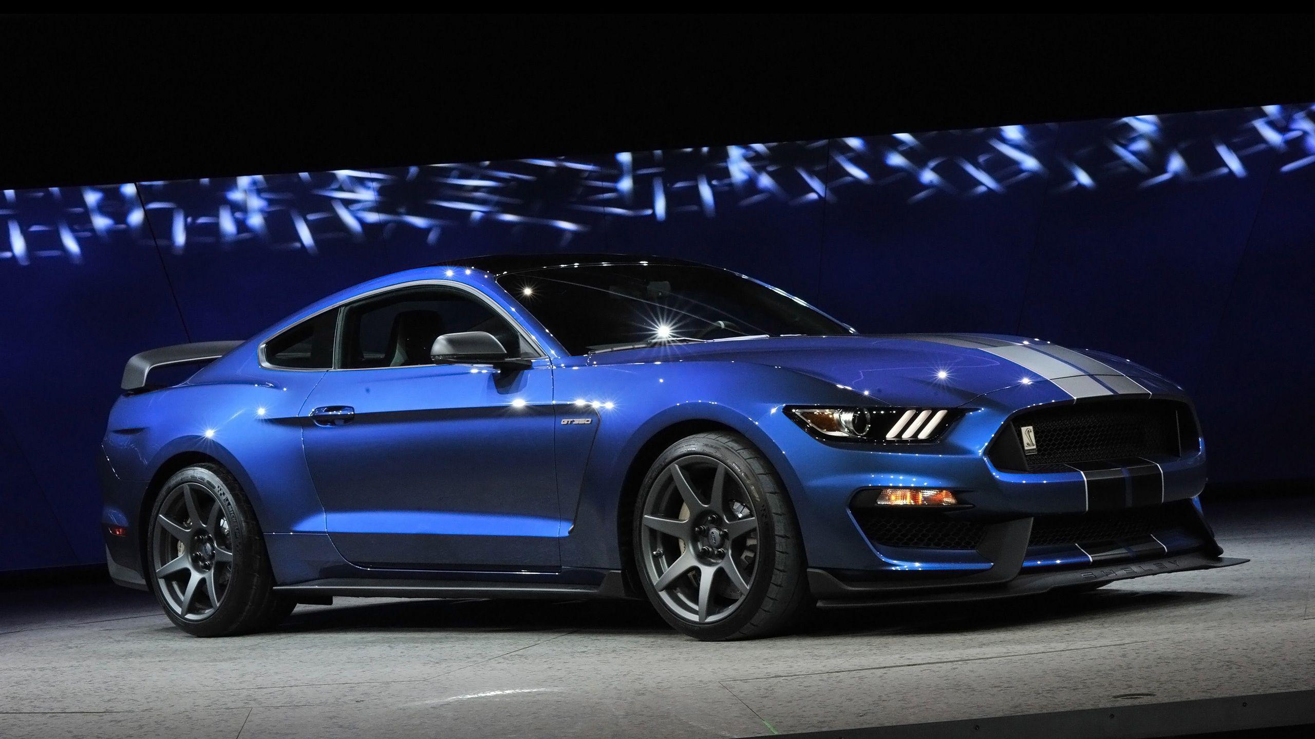 2016 Ford Shelby GT350R Mustang 2 Wallpapers