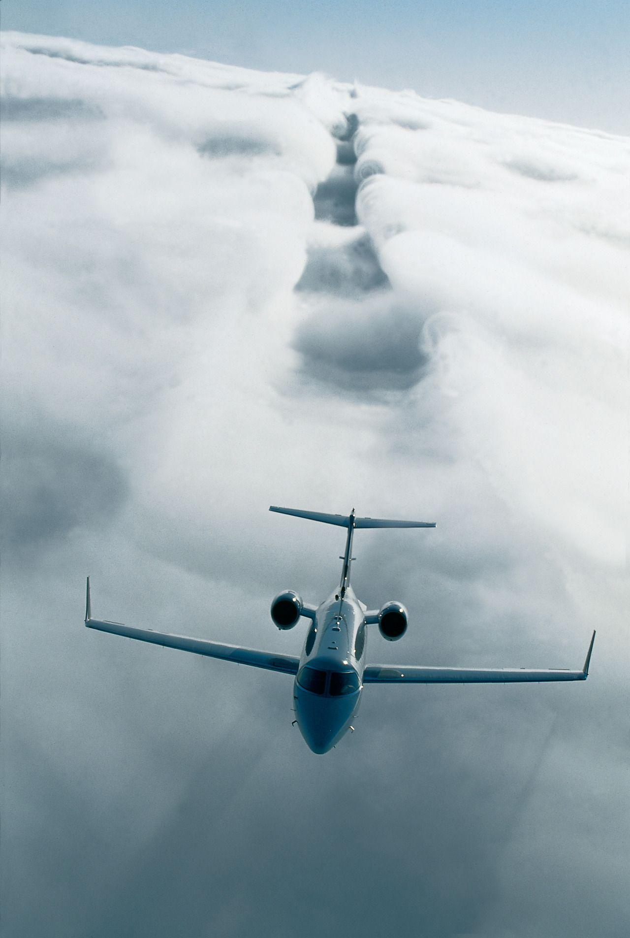 Us 129 Crashes: Private Jet Wallpapers