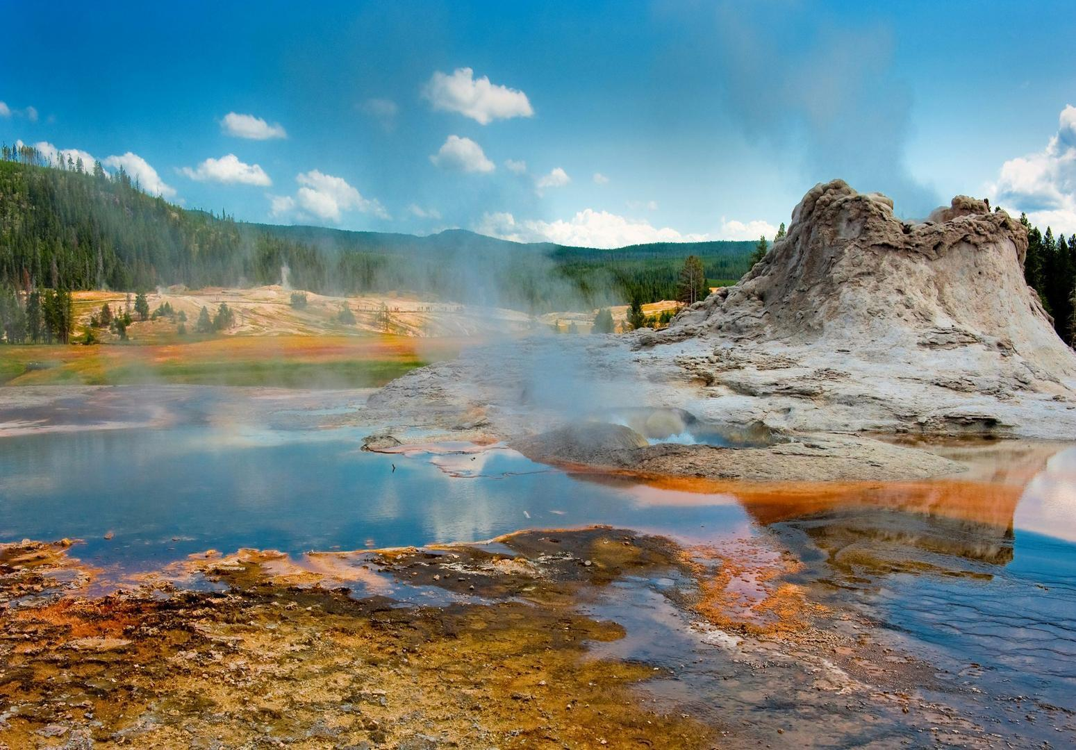 Free Desktop Wallpapers (41+): Yellowstone National Park ...
