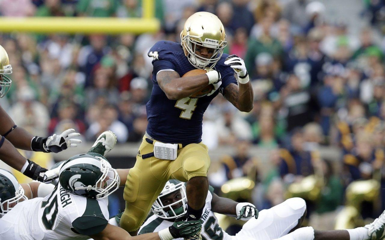 Get the latest Notre Dame Fighting Irish news scores stats standings rumors and more from ESPN