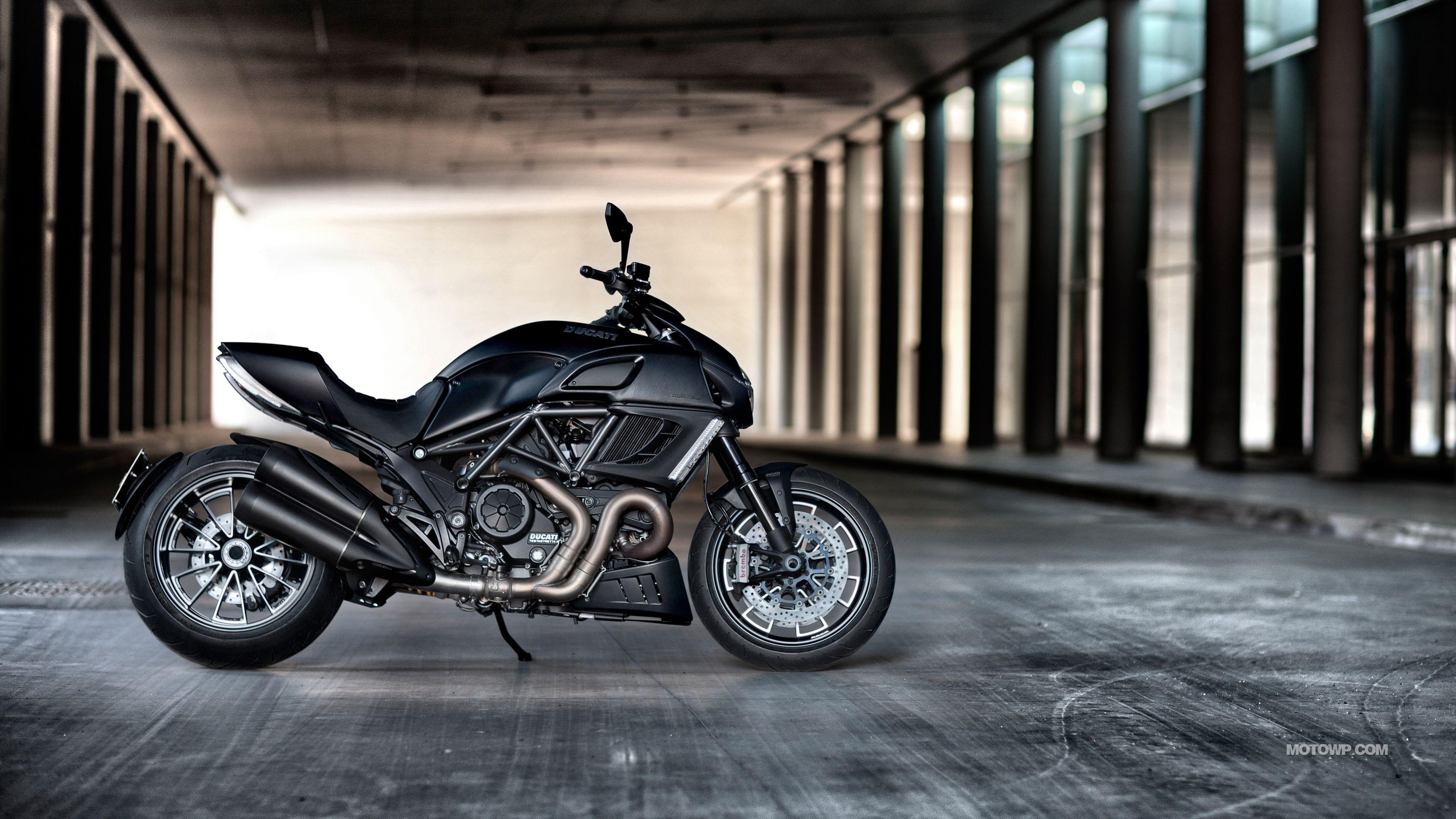 Ducati Diavel Wallpapers