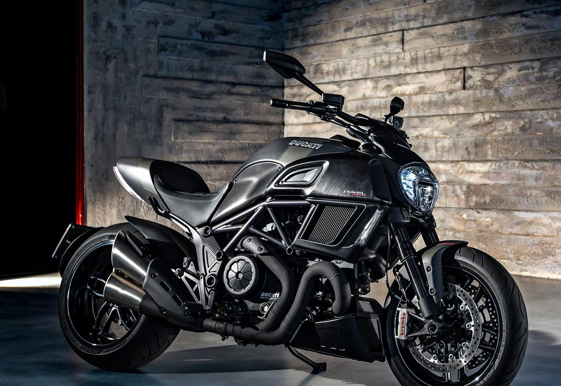2015 Ducati Diavel Titanium Wallpapers 53 HD