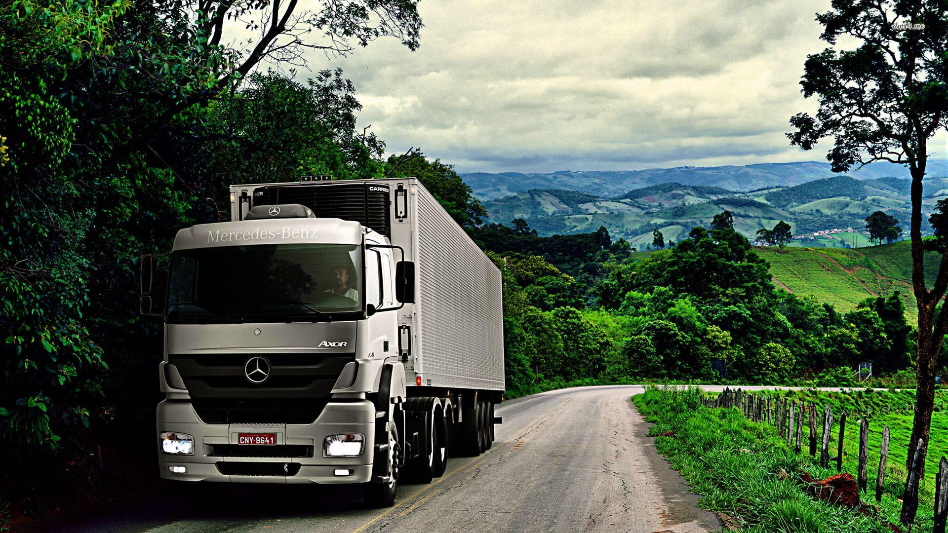 Mercedes Truck Wallpapers