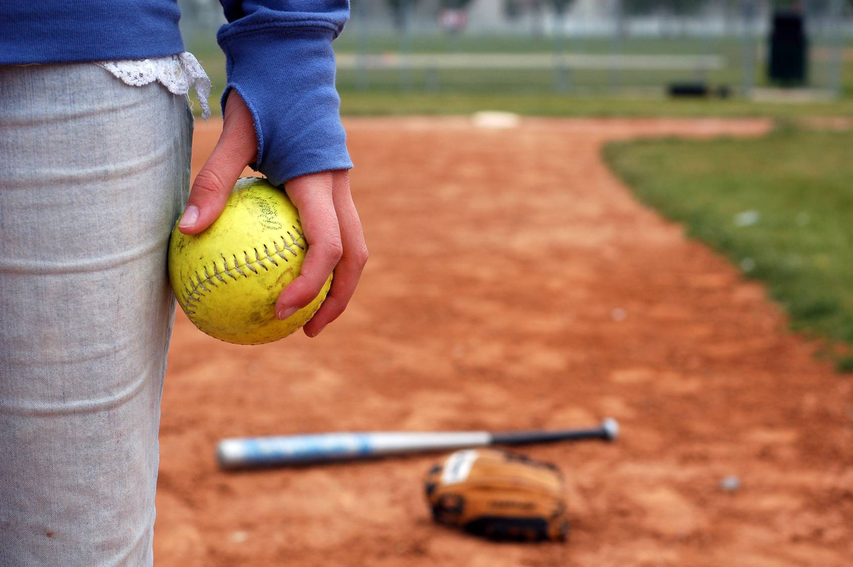 Softball Wallpapers – Softball Backgrounds – download for free