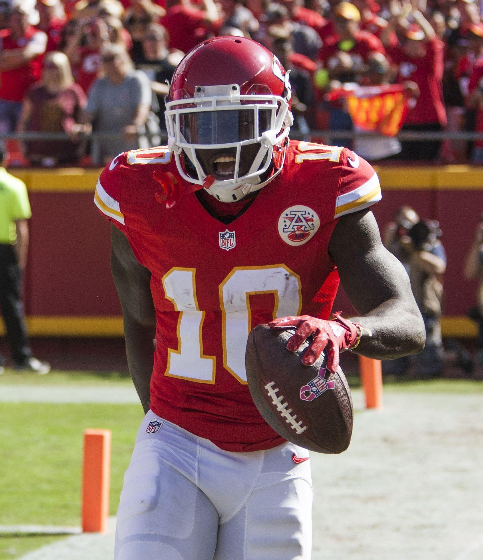 Notebook: Tyreek Hill shifts workload to offense from special