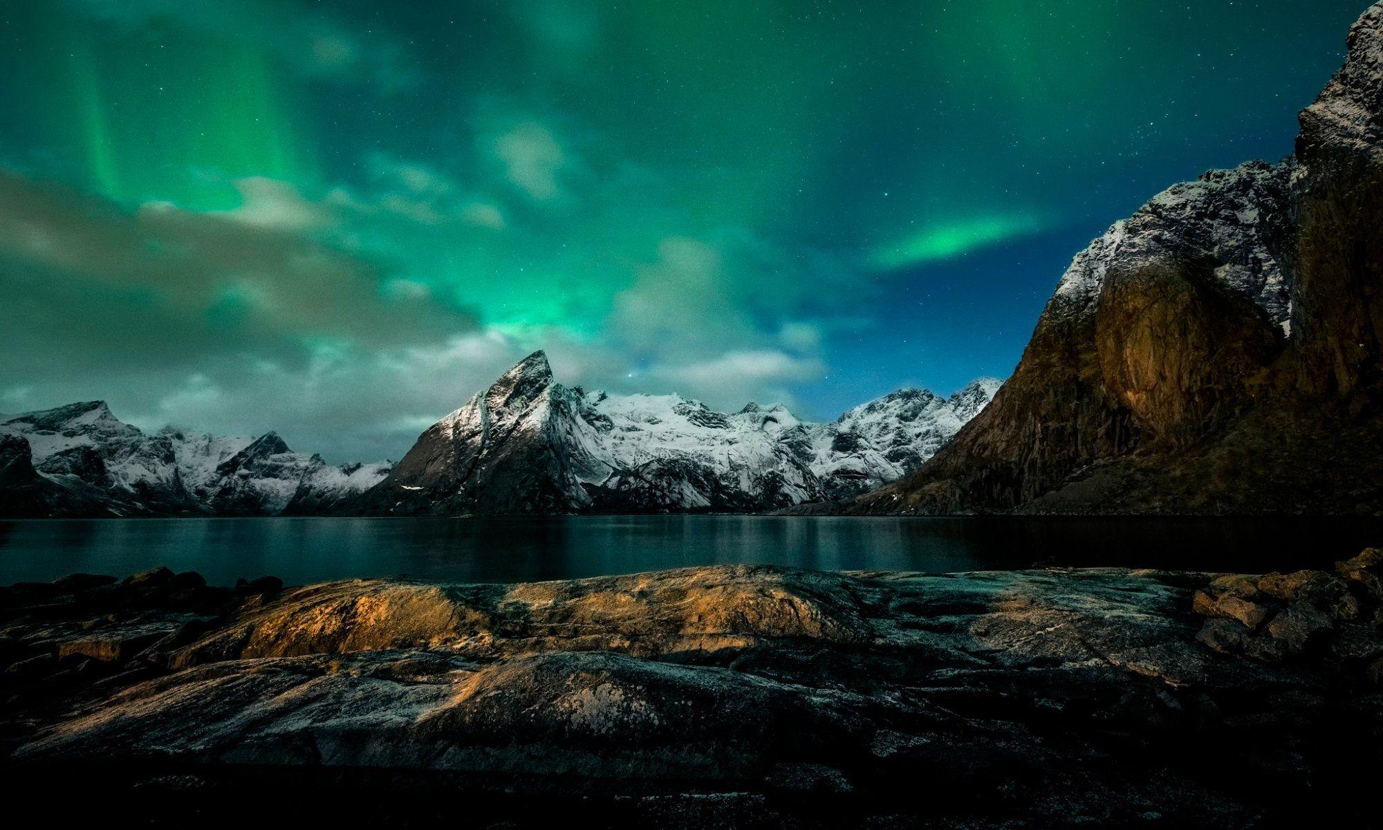 norway night mountain northern lights HD wallpapers